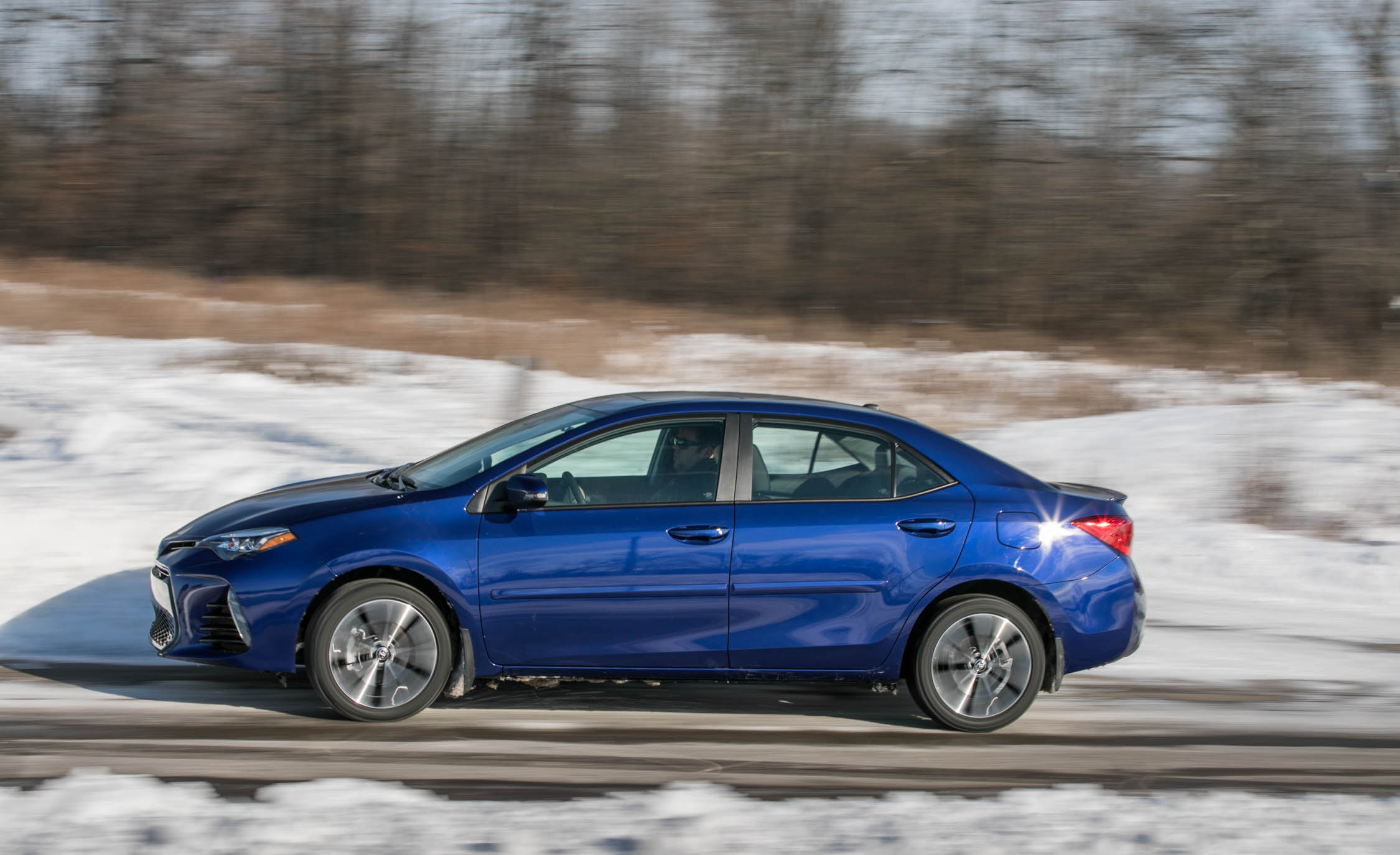 2017 Toyota Corolla XSE Test Drive Side View (Photo 73 of 75)