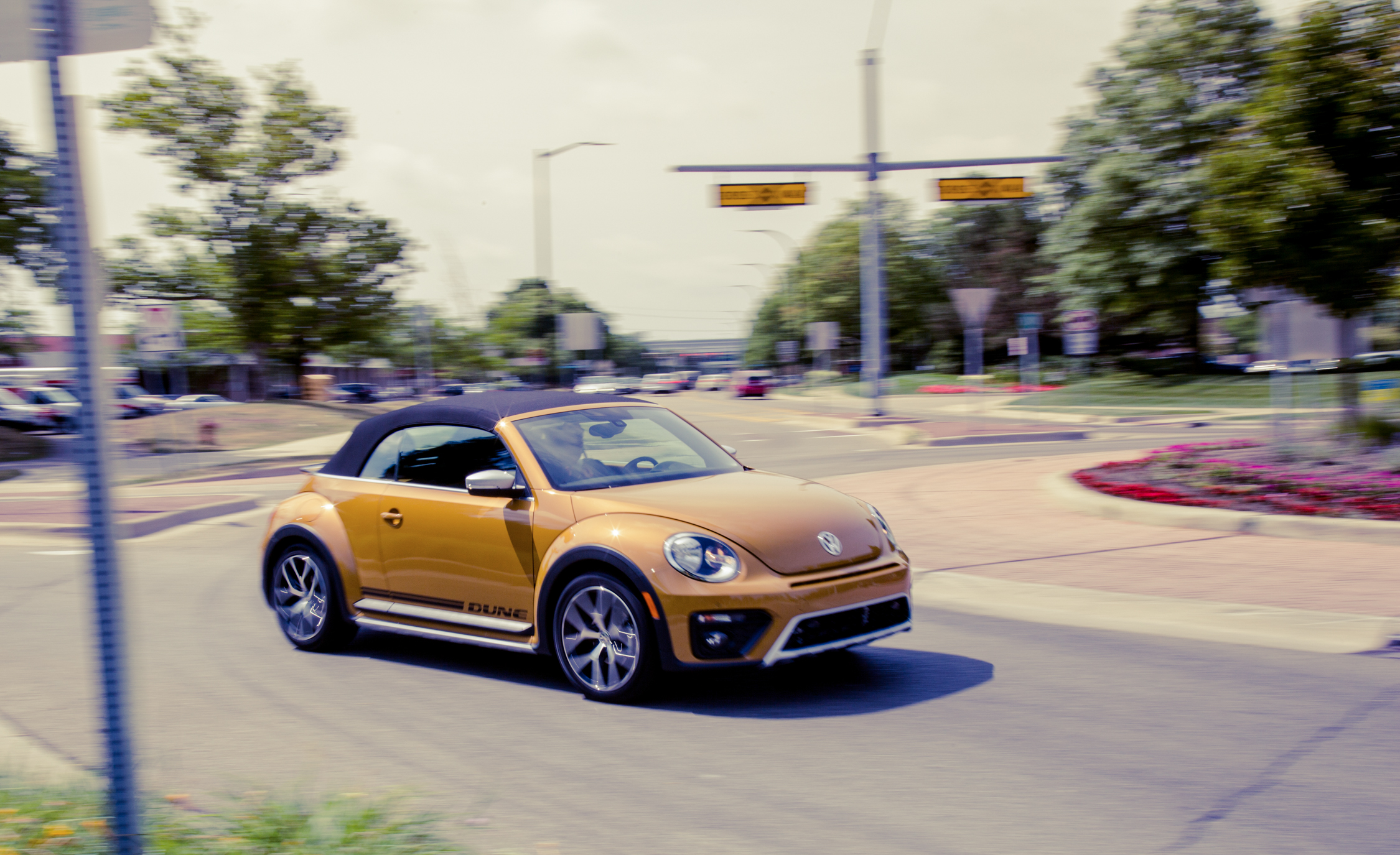 2017 Vw Beetle Dune Convertible (View 1 of 19)