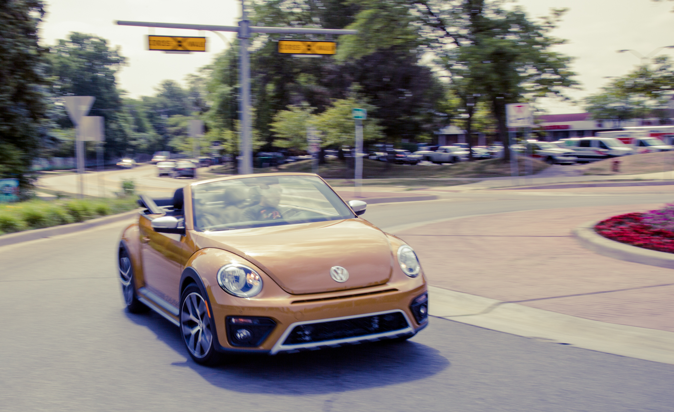 2017 Volkswagen Beetle Dune Convertible Test Drive Front View (Photo 12 of 19)