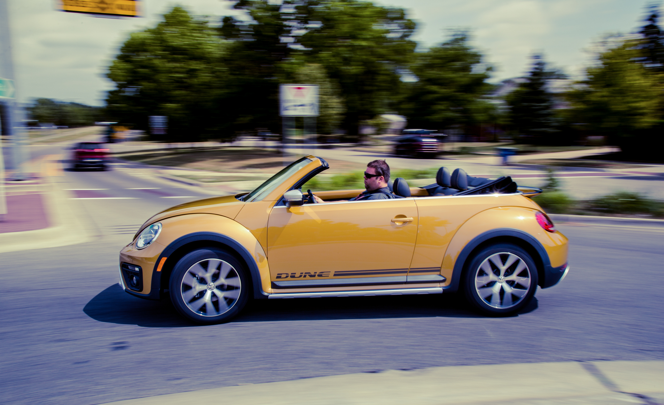2017 Volkswagen Beetle Dune Convertible Test Drive Side View (Photo 17 of 19)
