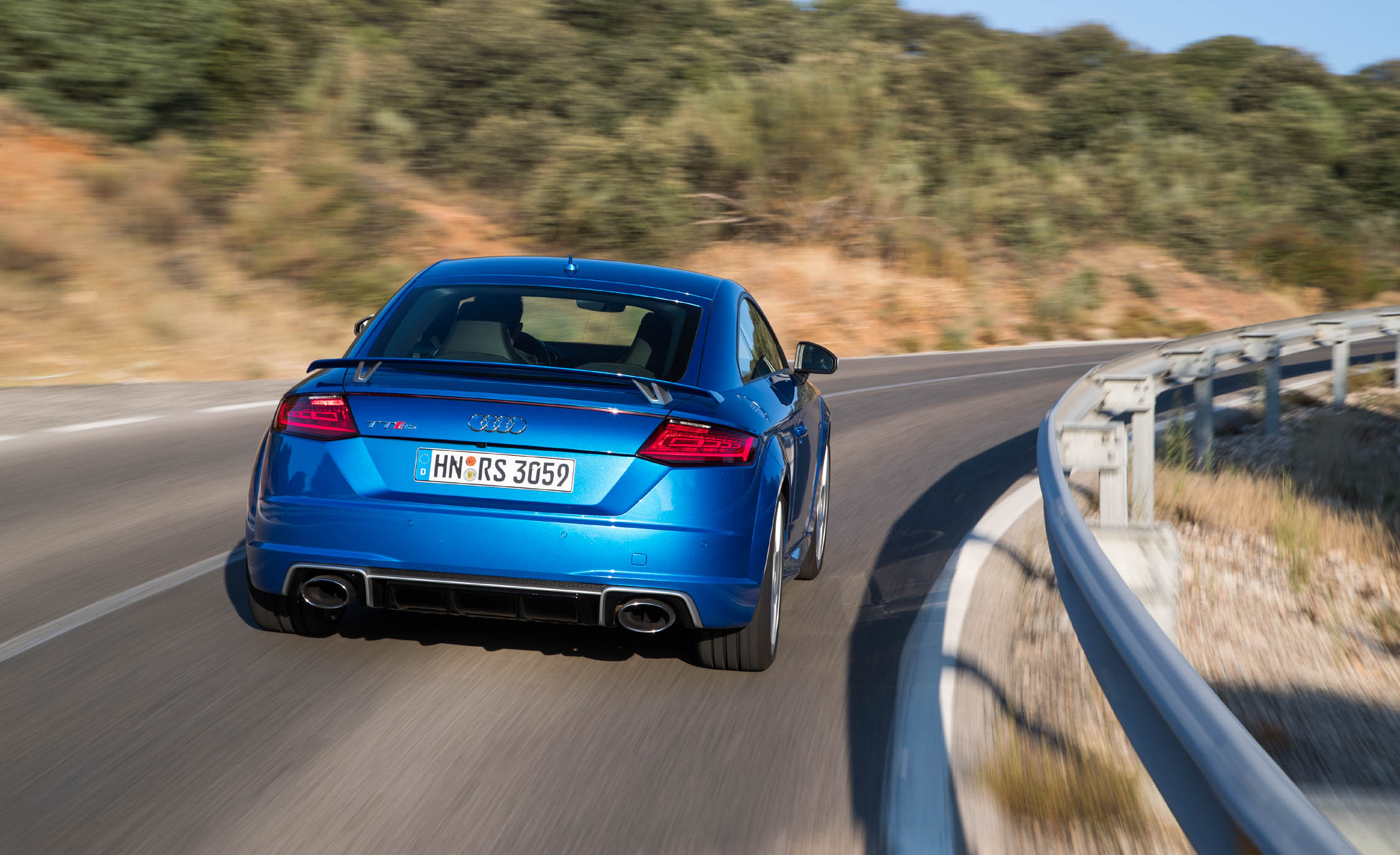 2017 Audi TT RS Coupe (Photo 23 of 34)