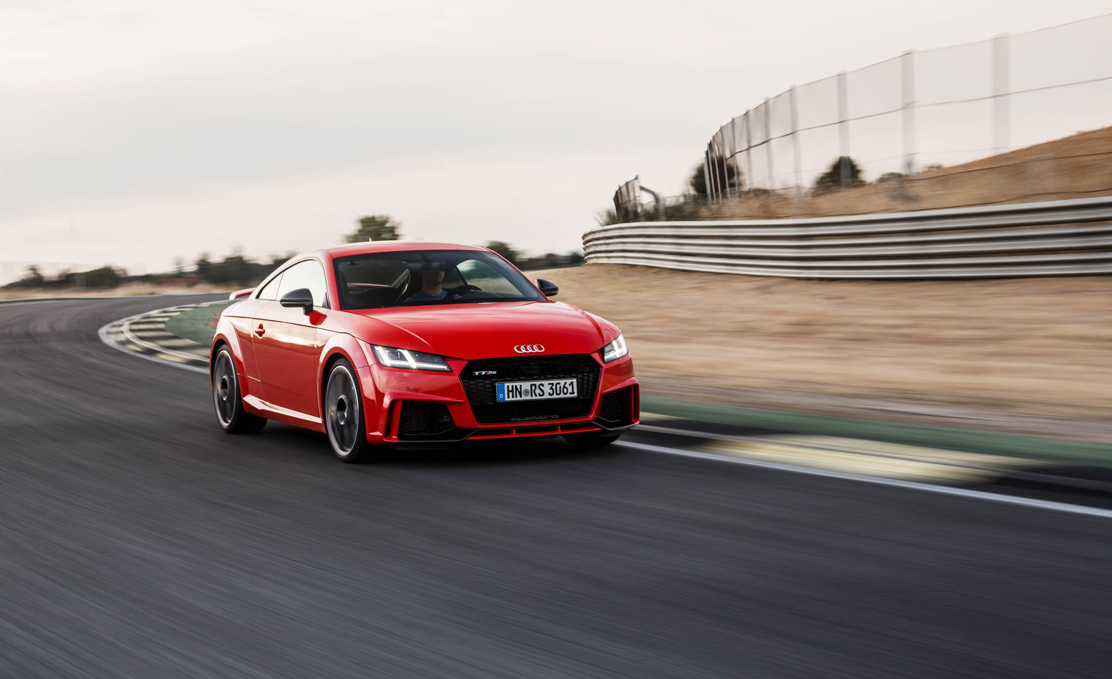 2017 Audi TT RS Coupe (Photo 10 of 34)
