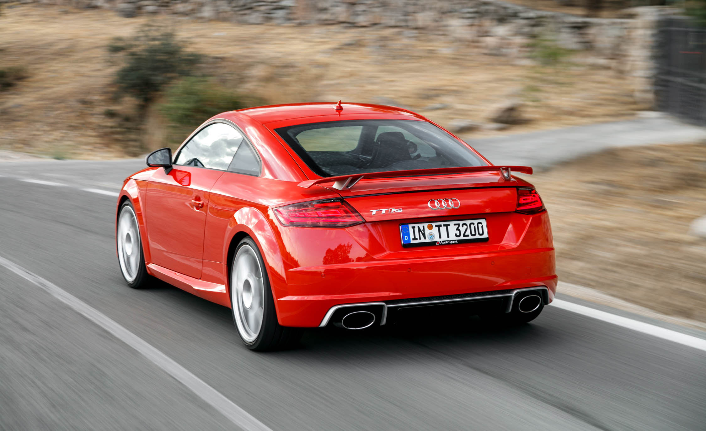 2017 Audi TT RS Coupe (Photo 15 of 34)