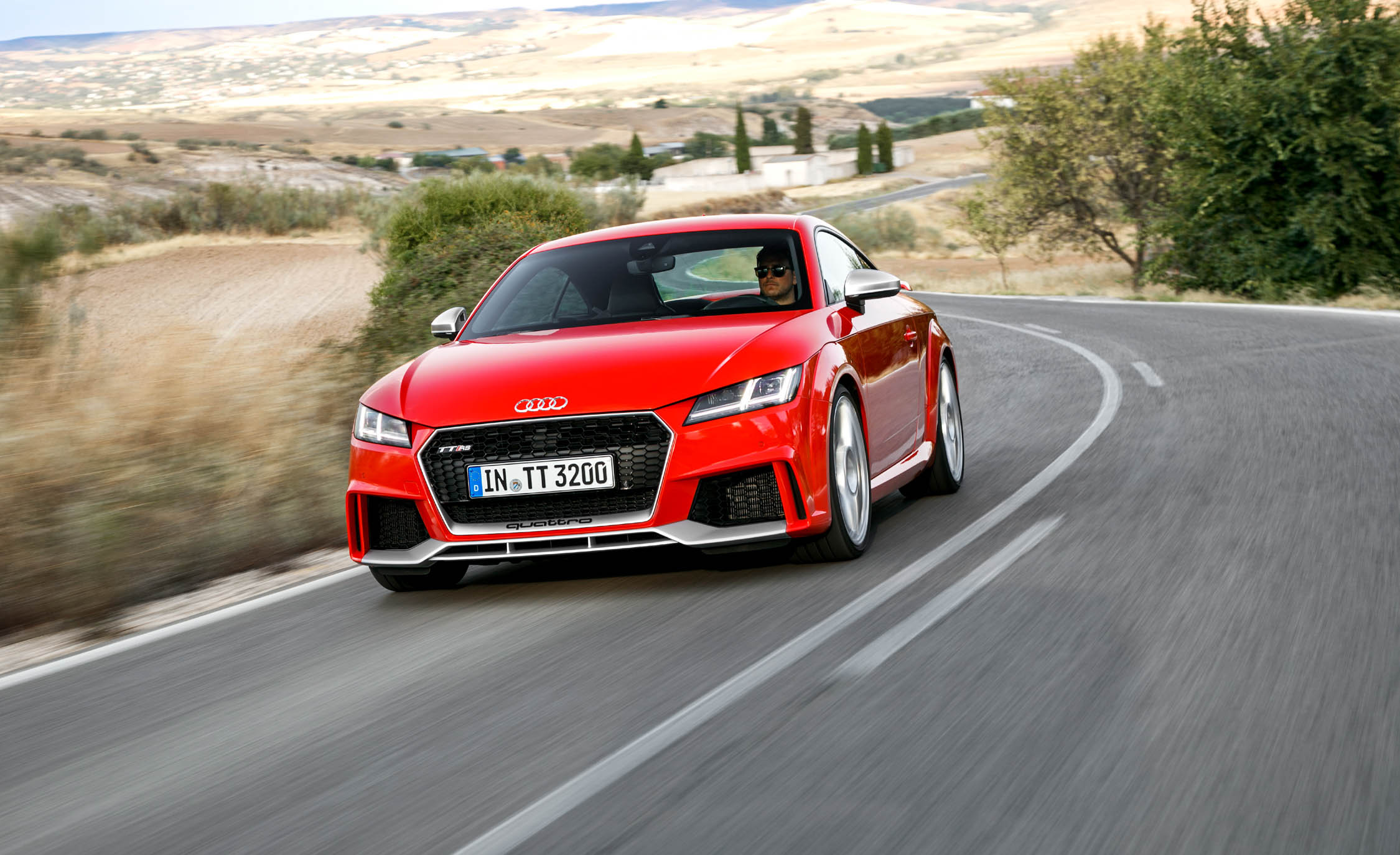 2017 Audi TT RS Coupe (Photo 16 of 34)