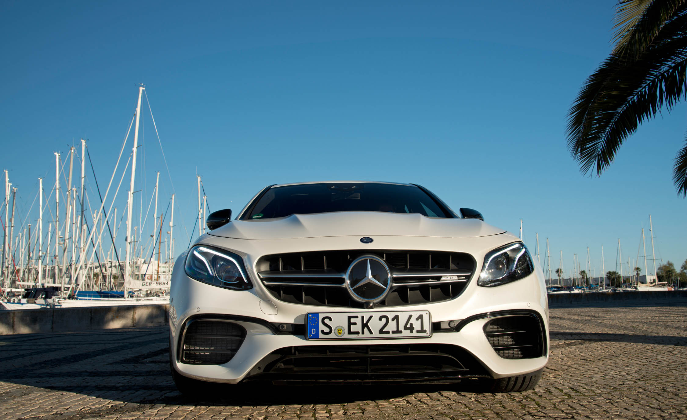 2018 Mercedes AMG E63 Exterior Front (Photo 20 of 41)