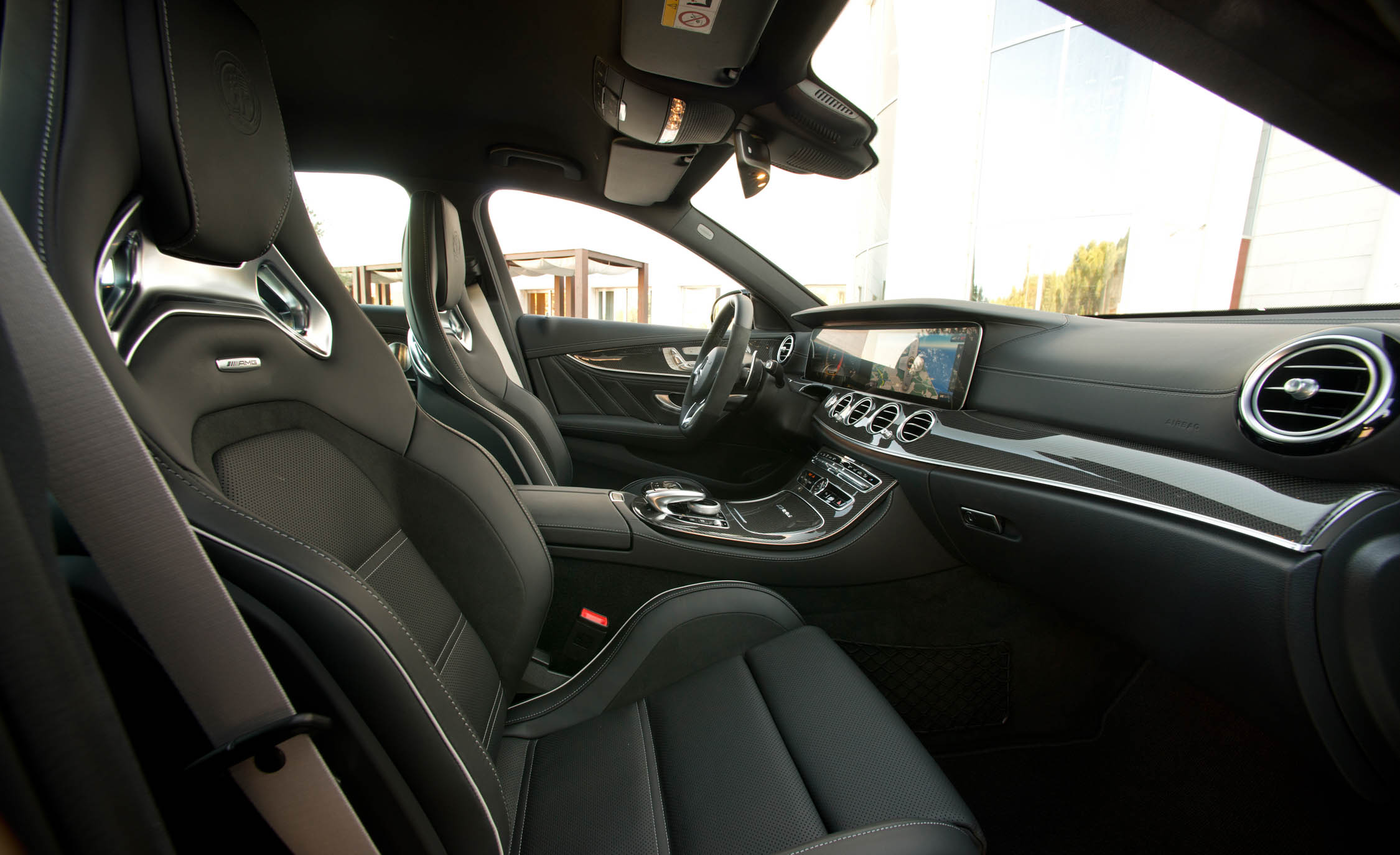 2018 Mercedes AMG E63 Interior Seats Front (Photo 31 of 41)