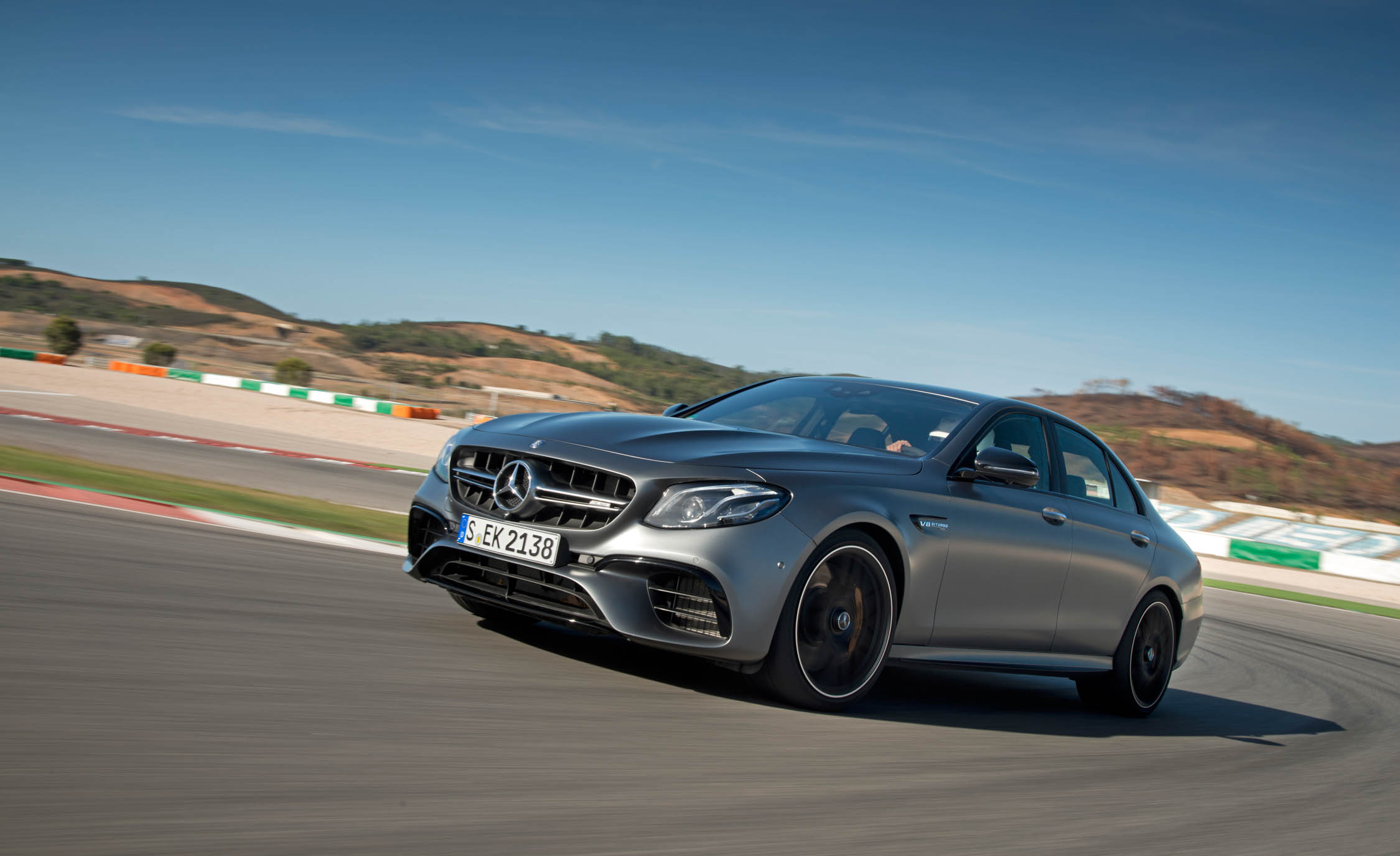 Featured Image of 2018 Mercedes AMG E