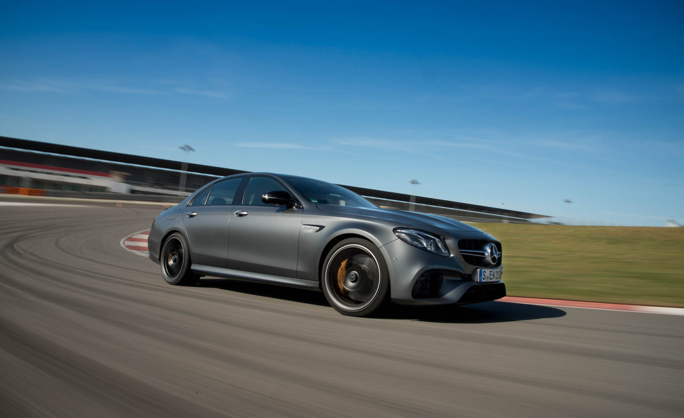 2018 Mercedes AMG E63 Sedan (Photo 8 of 41)