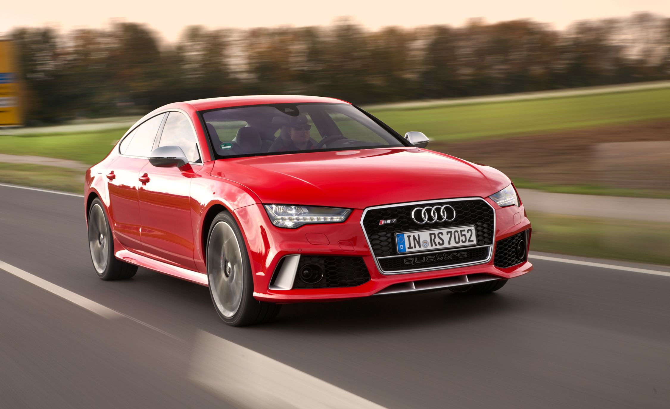 Featured Image of 2016 Audi RS