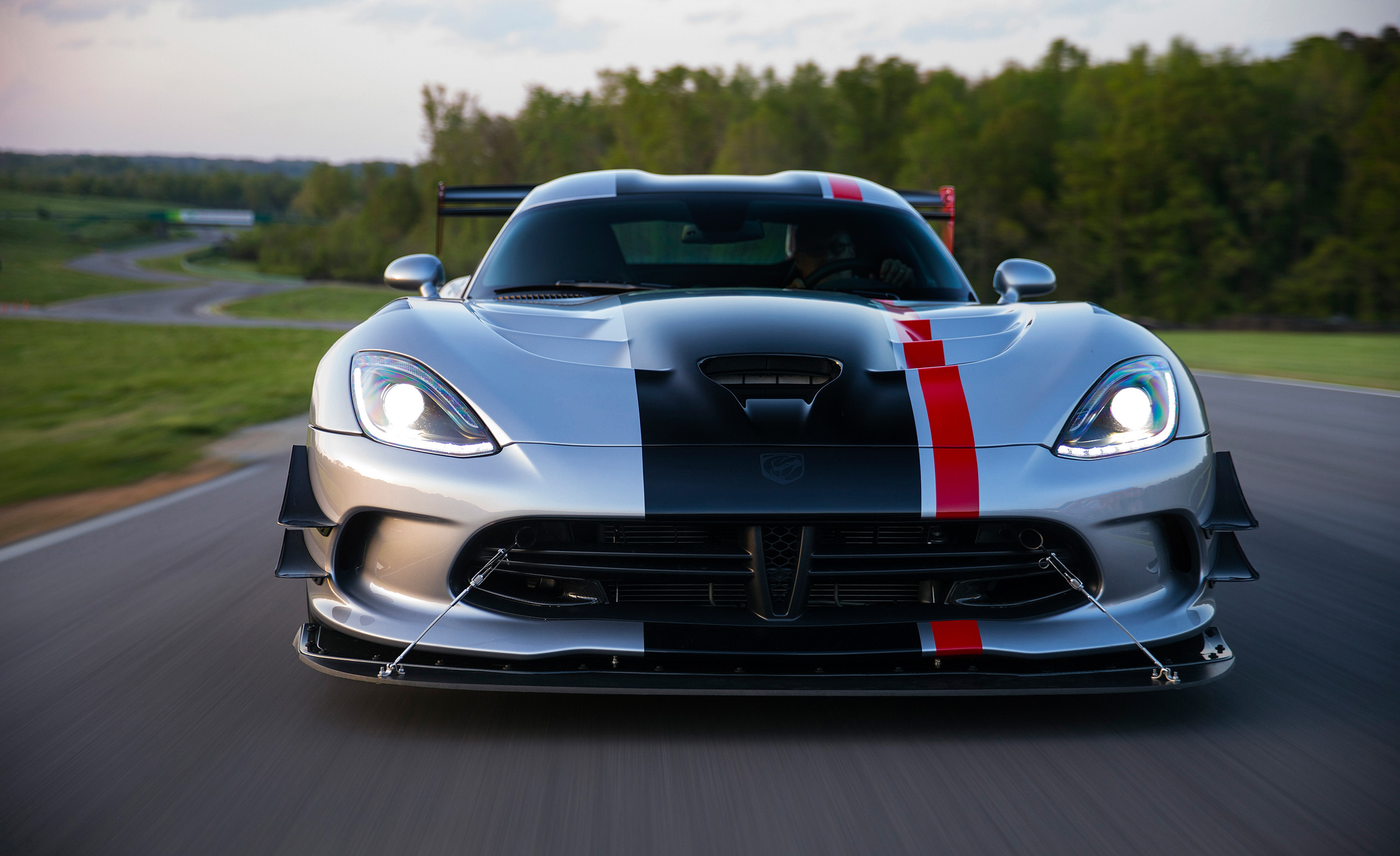 2016 Dodge Viper ACR (Photo 17 of 29)