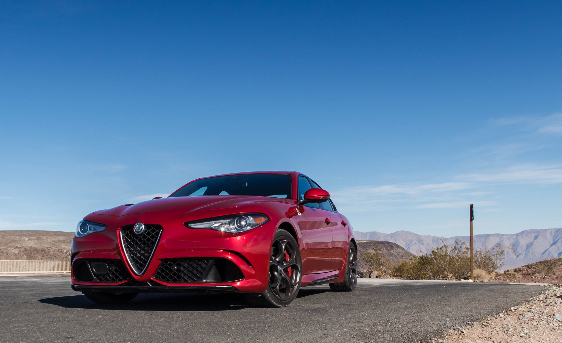 2017 Alfa Romeo Giulia Quadrifoglio (Photo 14 of 29)