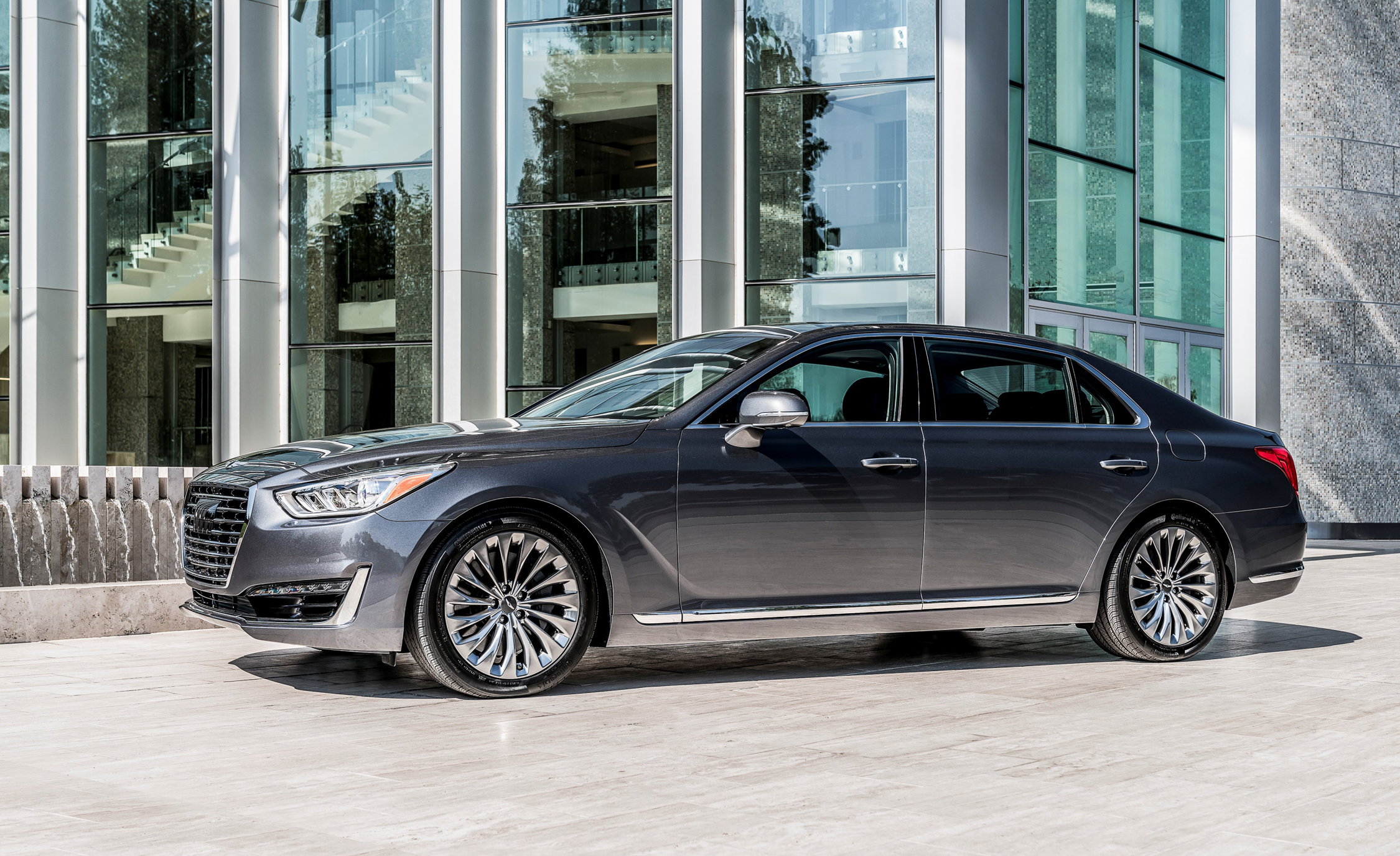 New 2017 Genesis G (Photo 19 of 19)