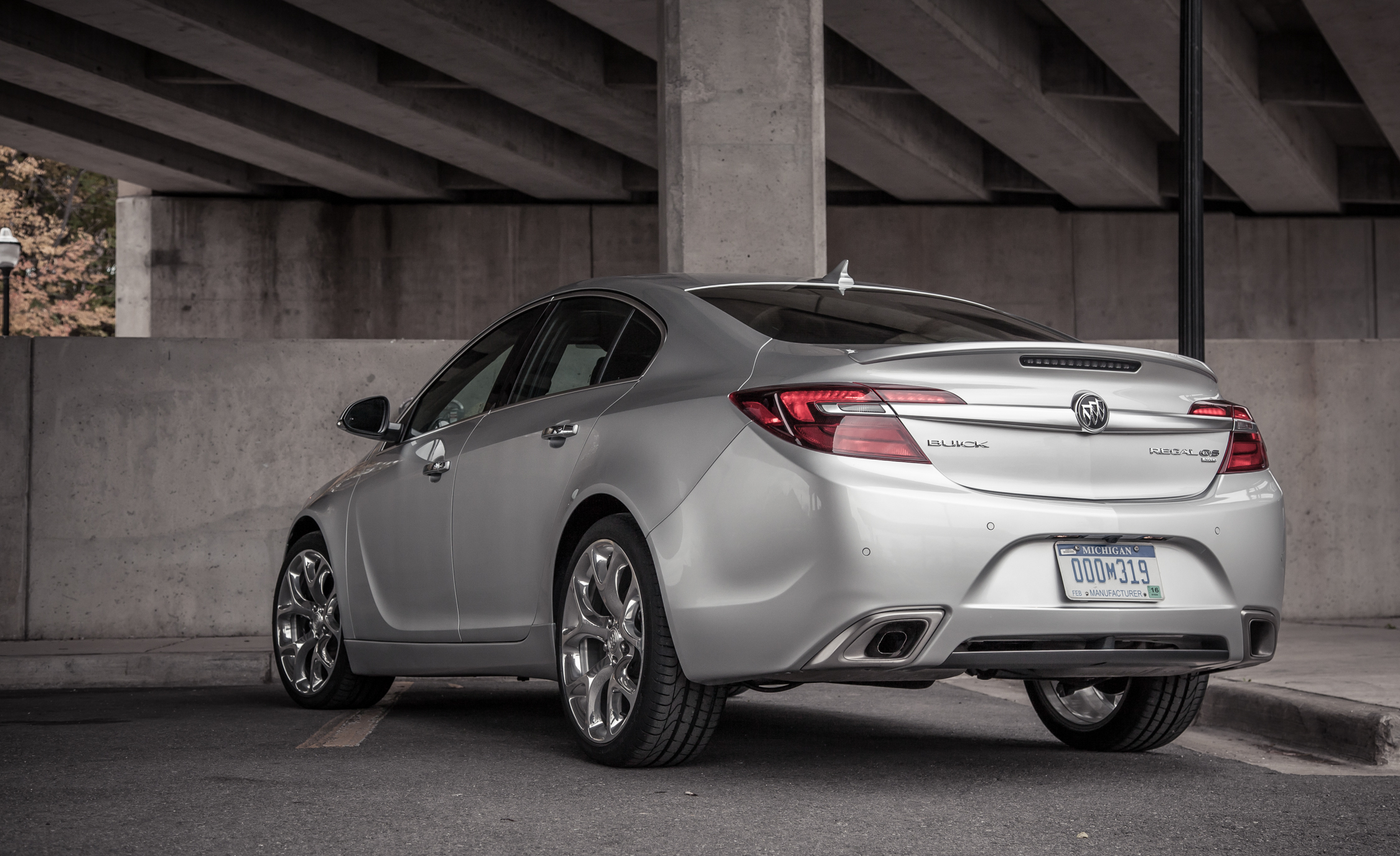 2014 Buick Regal GS (Photo 4 of 30)