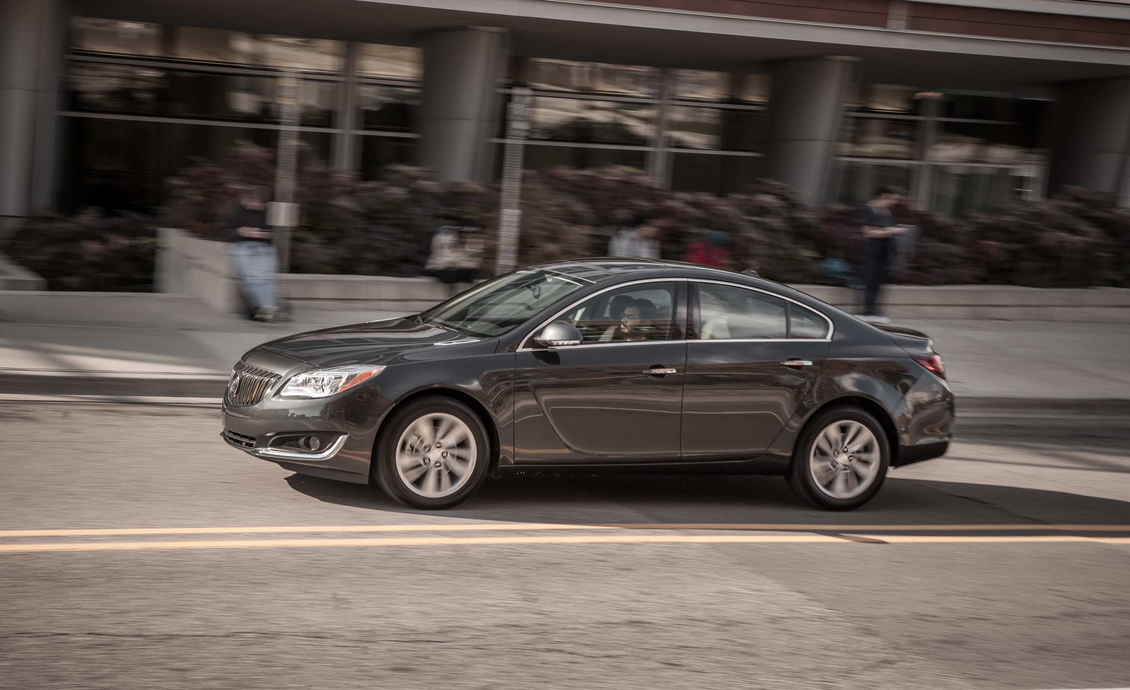 2014 Buick Regal Turbo (Photo 16 of 30)