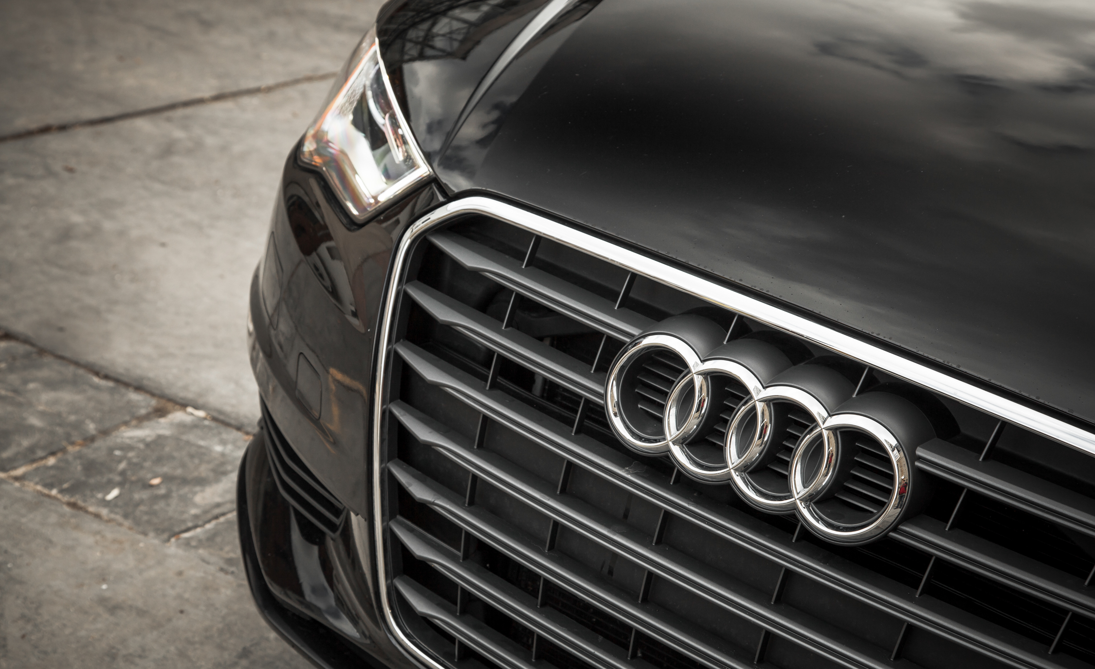 2015 Audi A3 TDI Exterior View Grille And Badge (Photo 27 of 50)