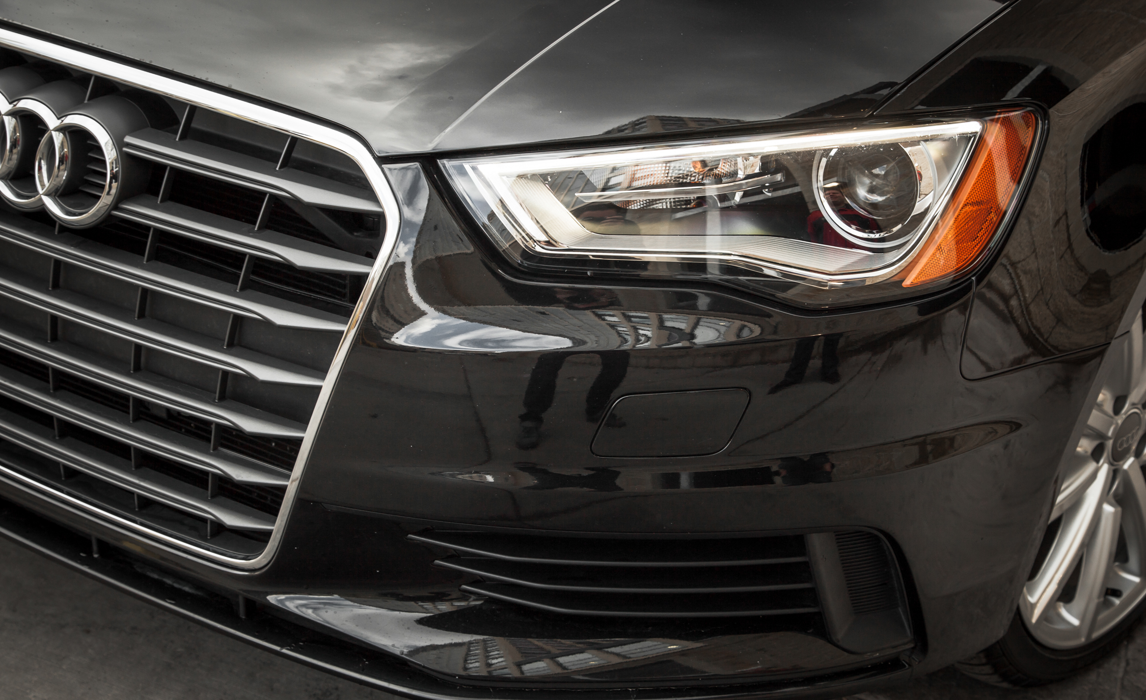 2015 Audi A3 TDI Exterior View Headlamp (Photo 28 of 50)