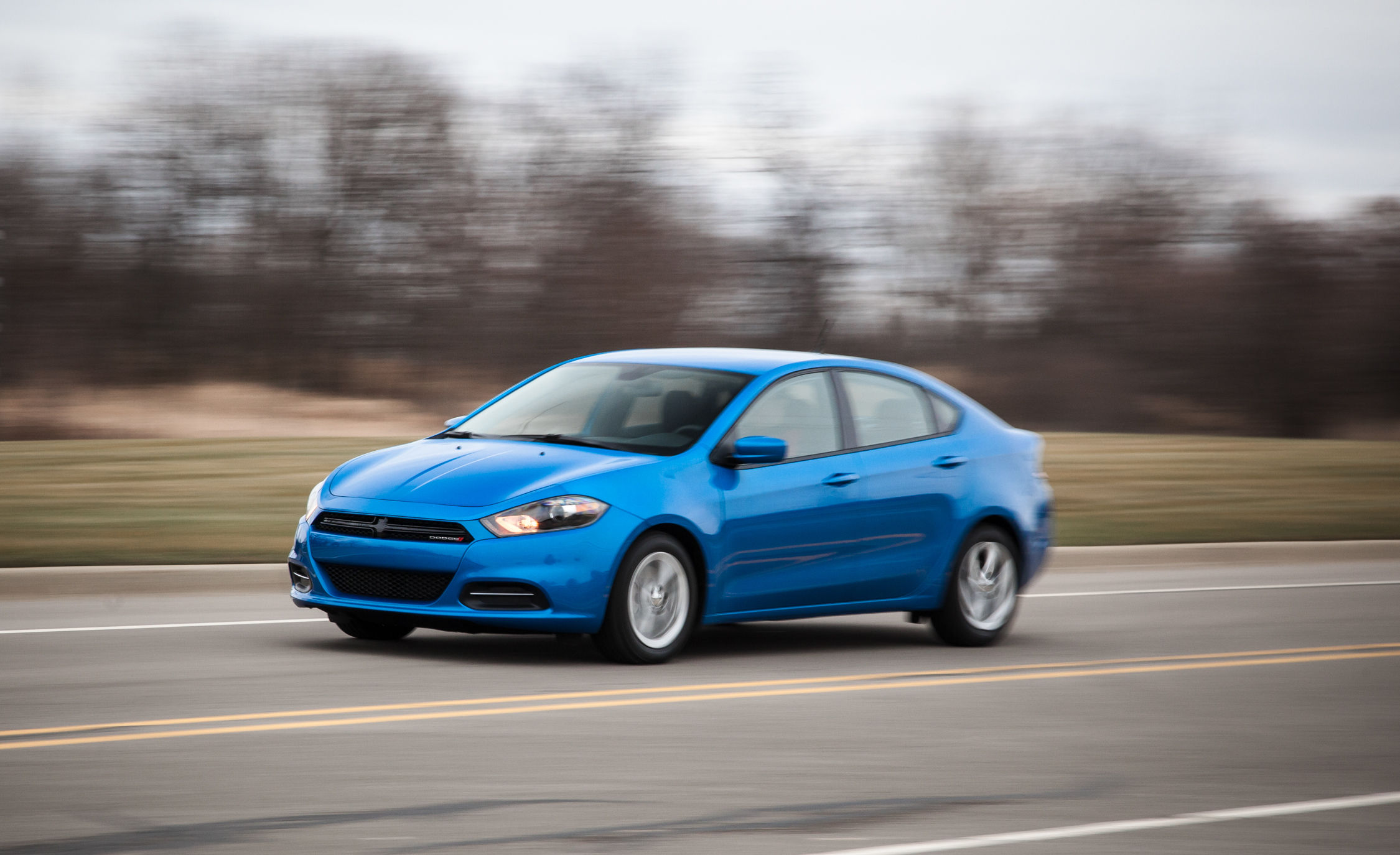 2015 Dodge Dart SXT (Photo 4 of 14)