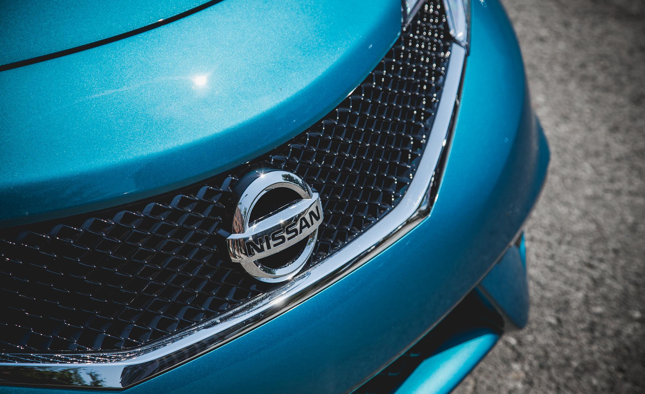 2015 Nissan Versa Note SR (Photo 10 of 19)