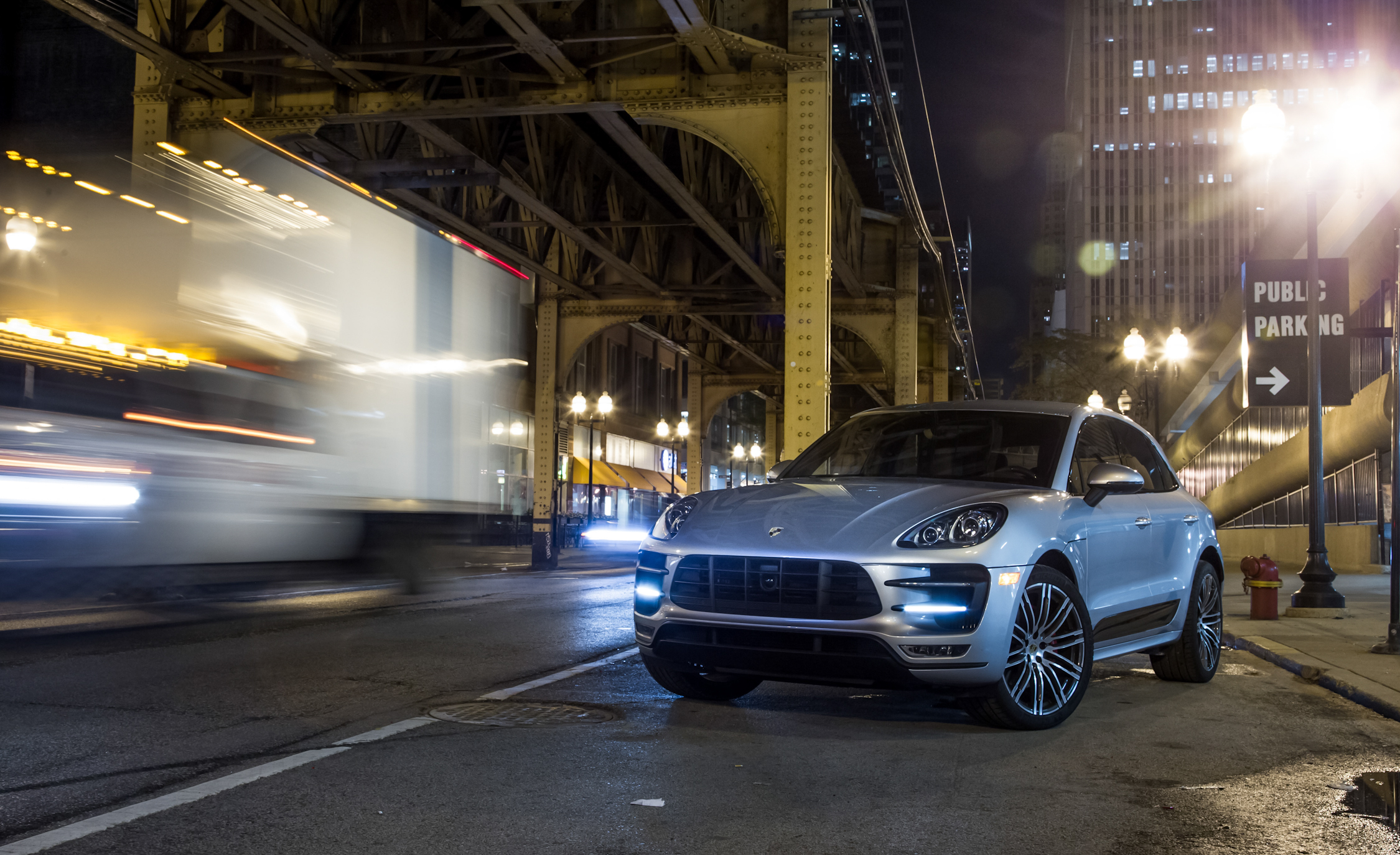 2015 Porsche Macan Turbo (View 11 of 20)