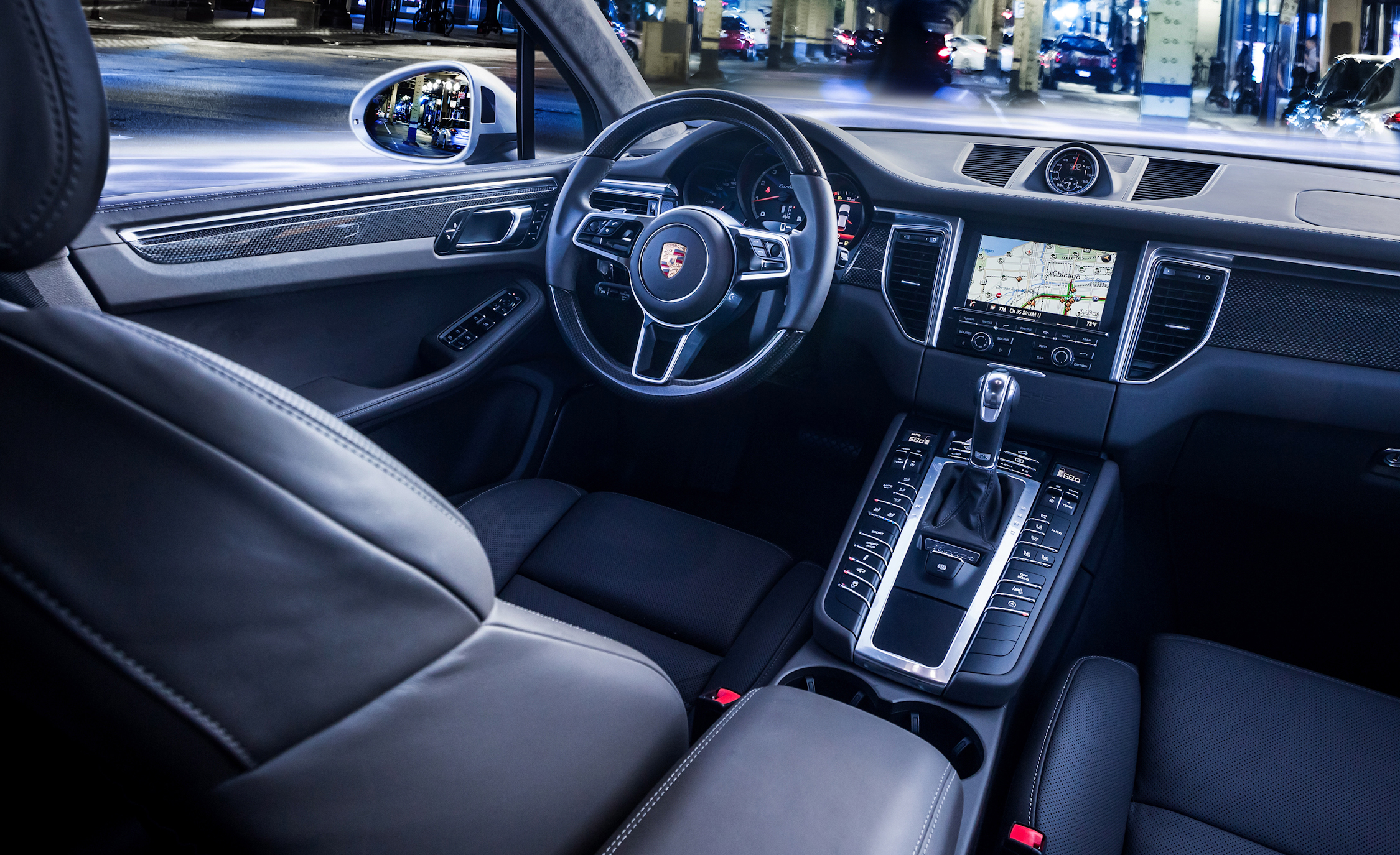 2015 Porsche Macan Turbo Interior (View 7 of 20)