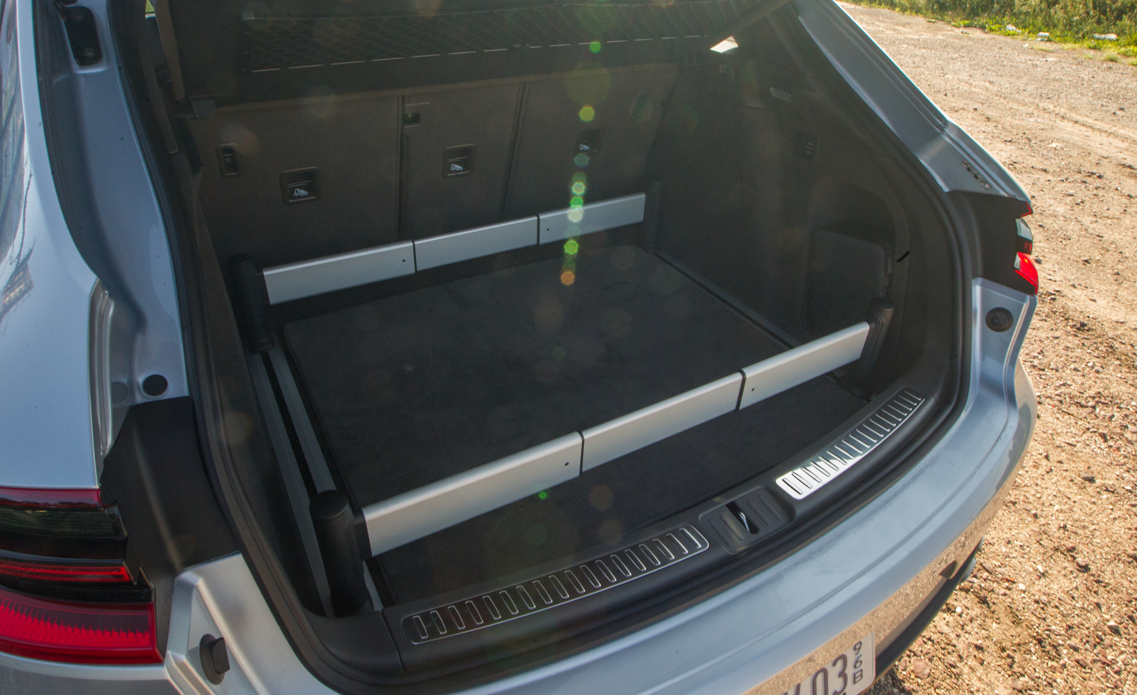 2015 Porsche Macan Turbo Cargo Area (View 2 of 20)