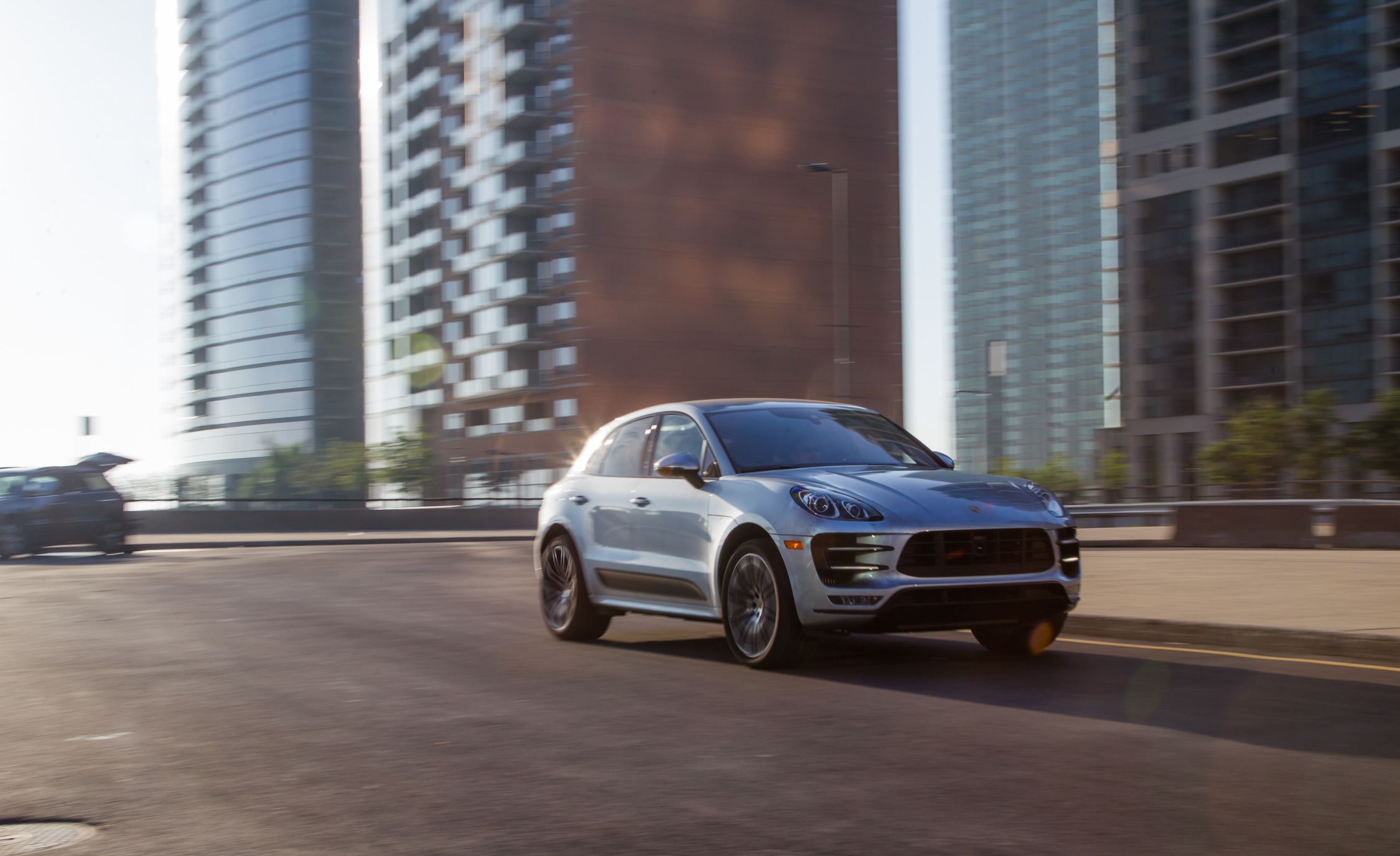 Featured Image of 2015 Porsche Macan Turbo
