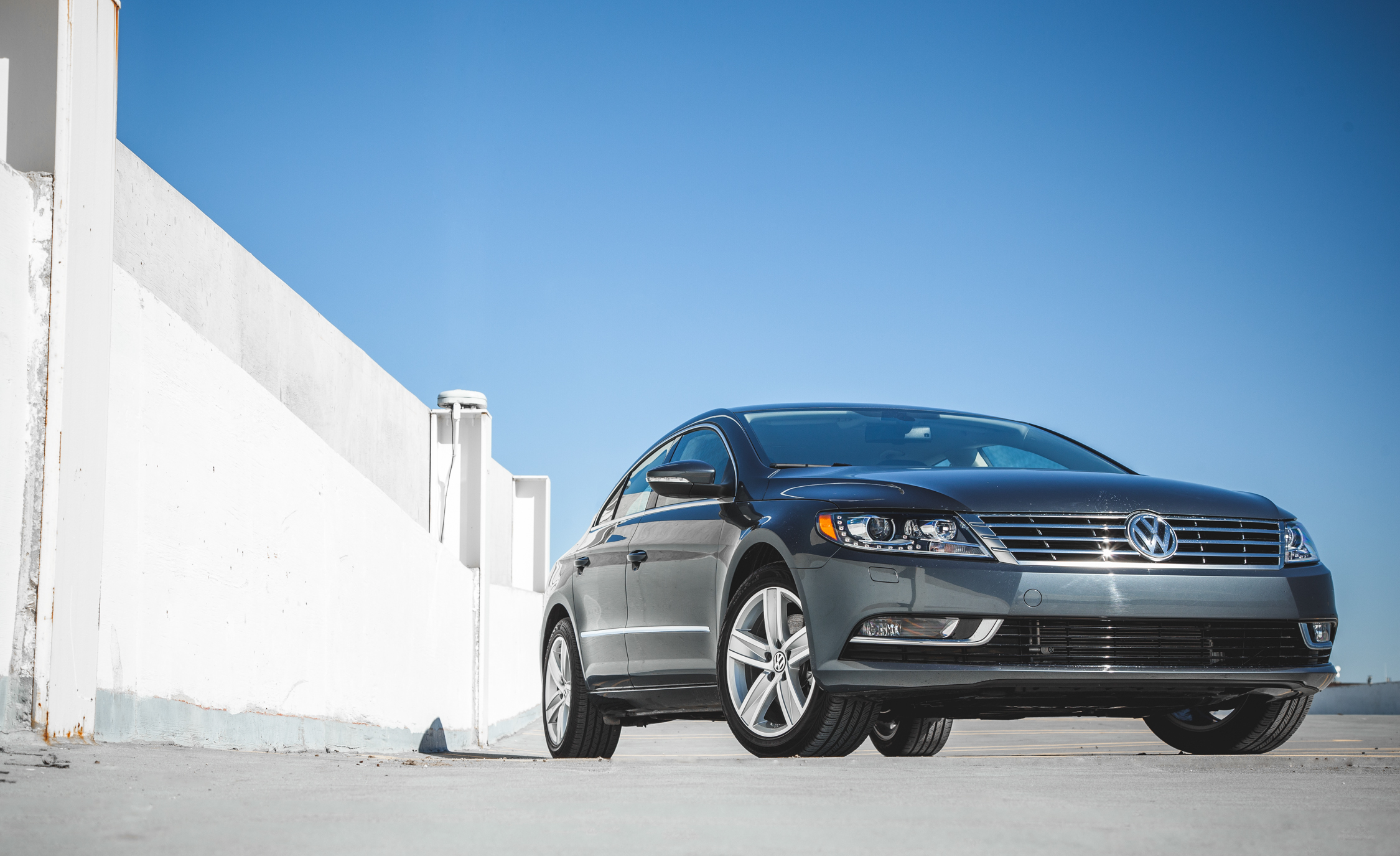 2015 Volkswagen CC Sport (Photo 7 of 15)
