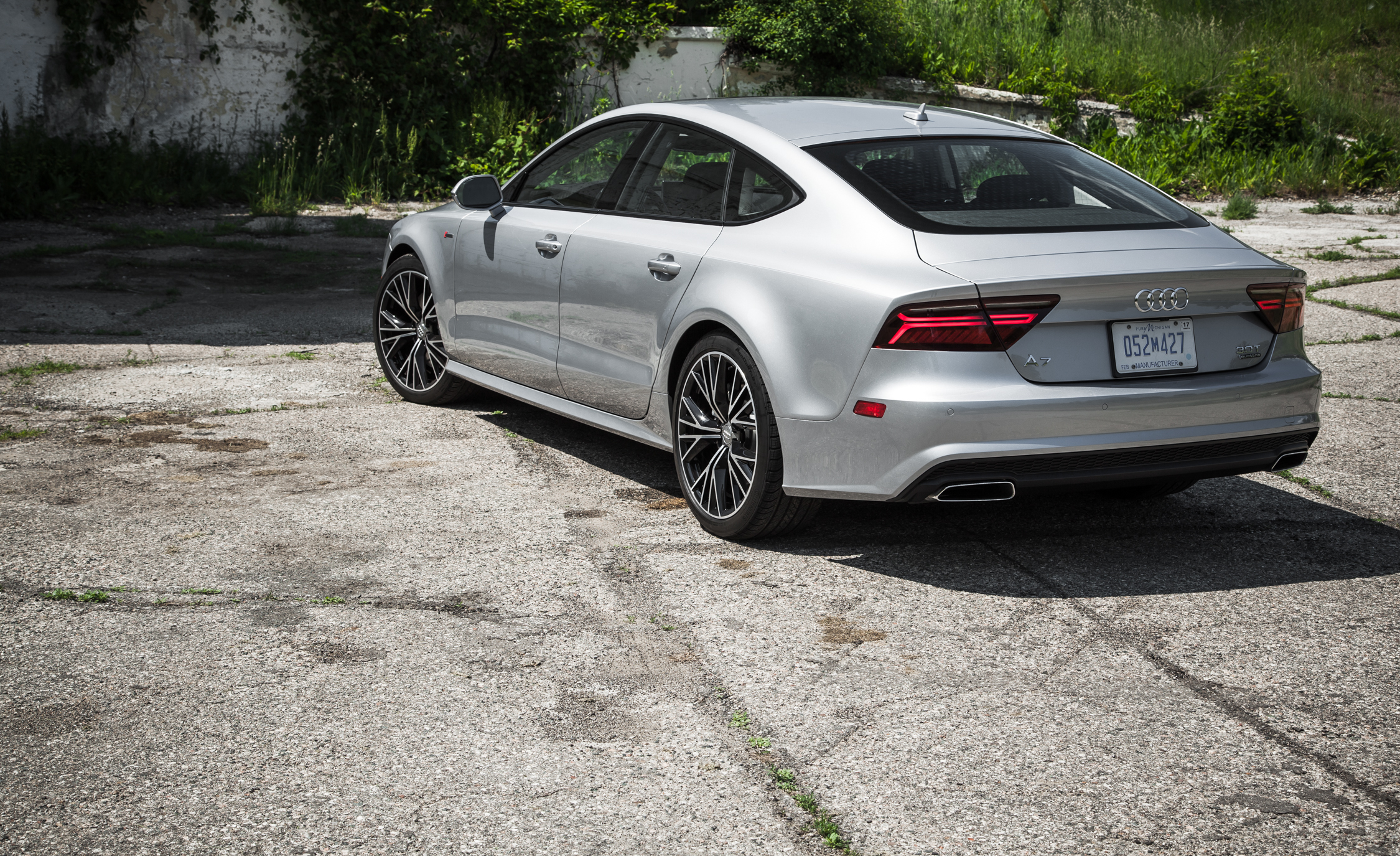 2016 Audi A7 Exterior Rear (Photo 19 of 26)