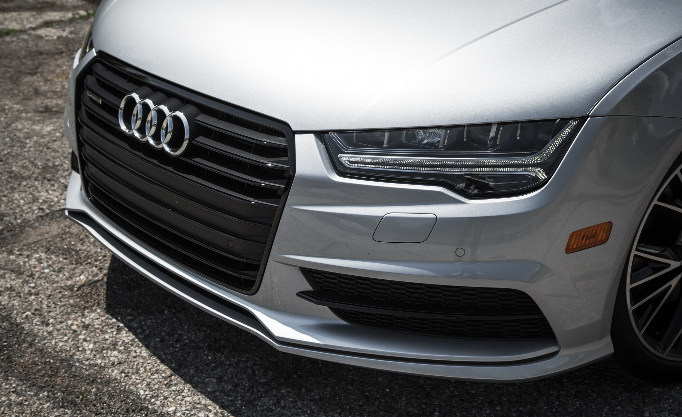 2016 Audi A7 Exterior View Grille (Photo 9 of 26)