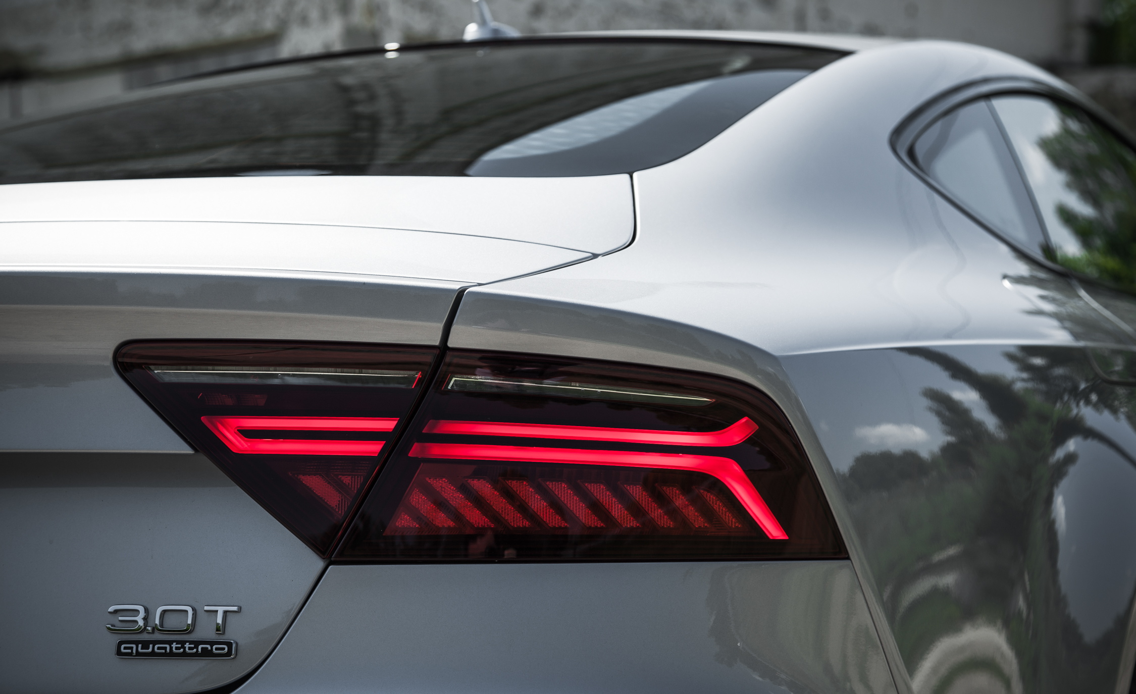 2016 Audi A7 Exterior View Taillight (Photo 17 of 26)