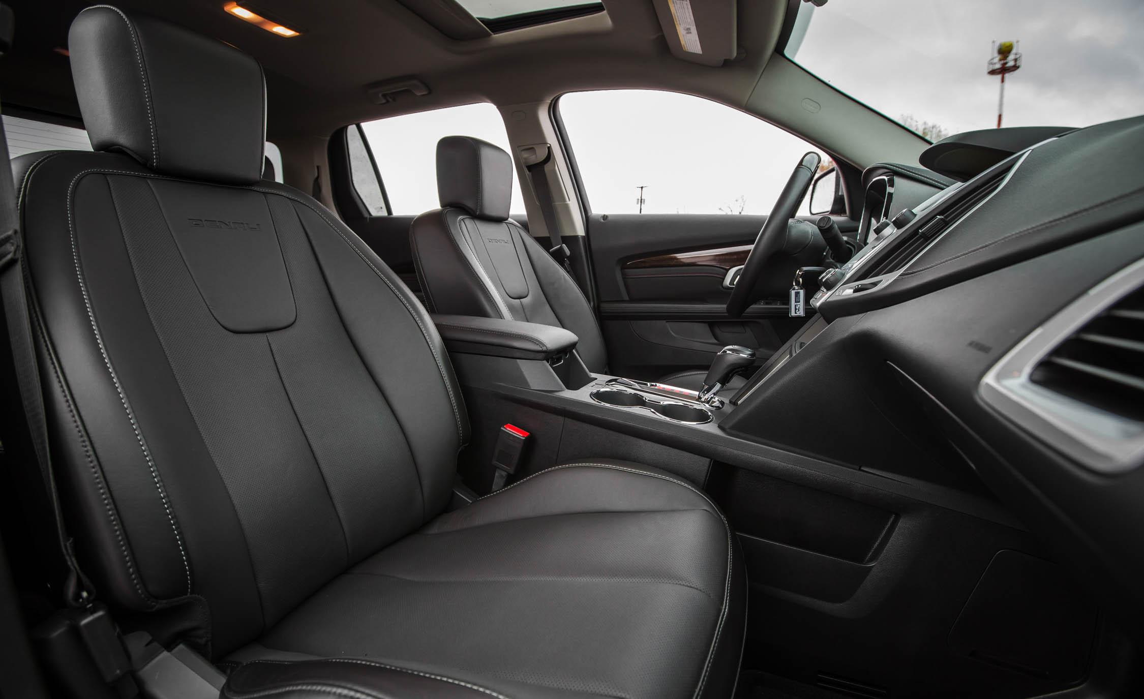 2016 GMC Terrain Denali Interior (View 12 of 24)