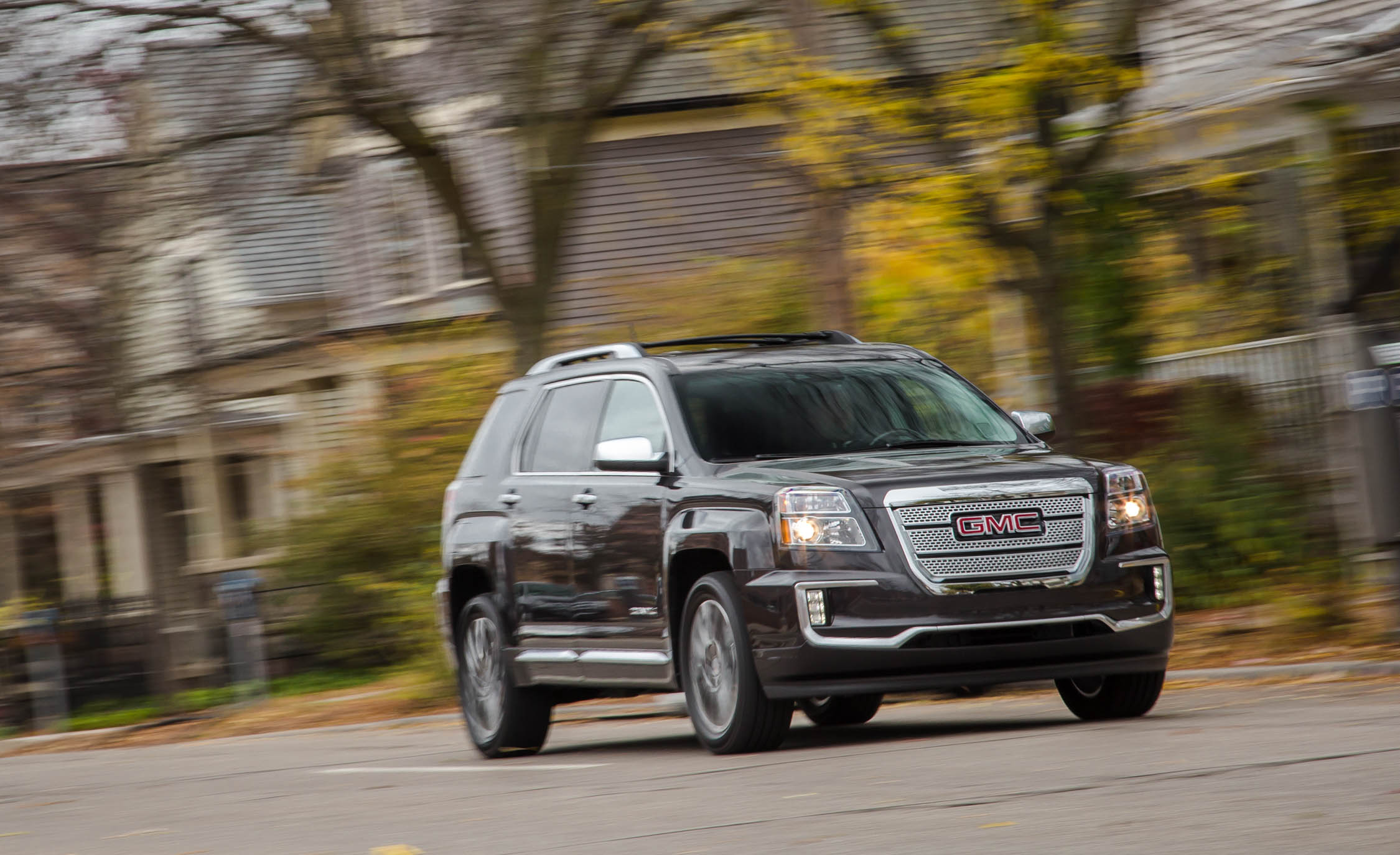 2016 GMC Terrain Denali (Photo 2 of 24)