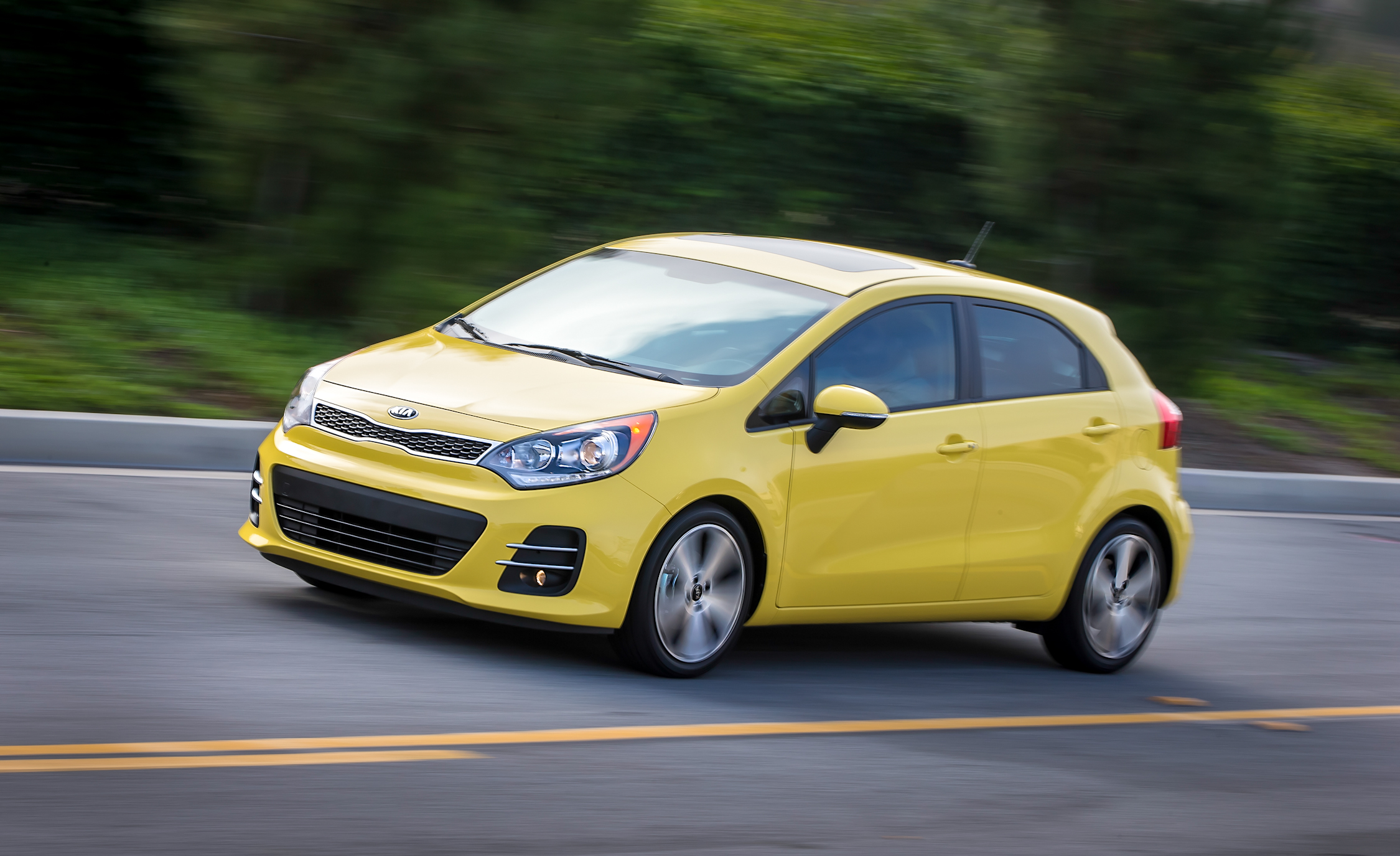 2016 Kia Rio 5 Door (View 7 of 19)