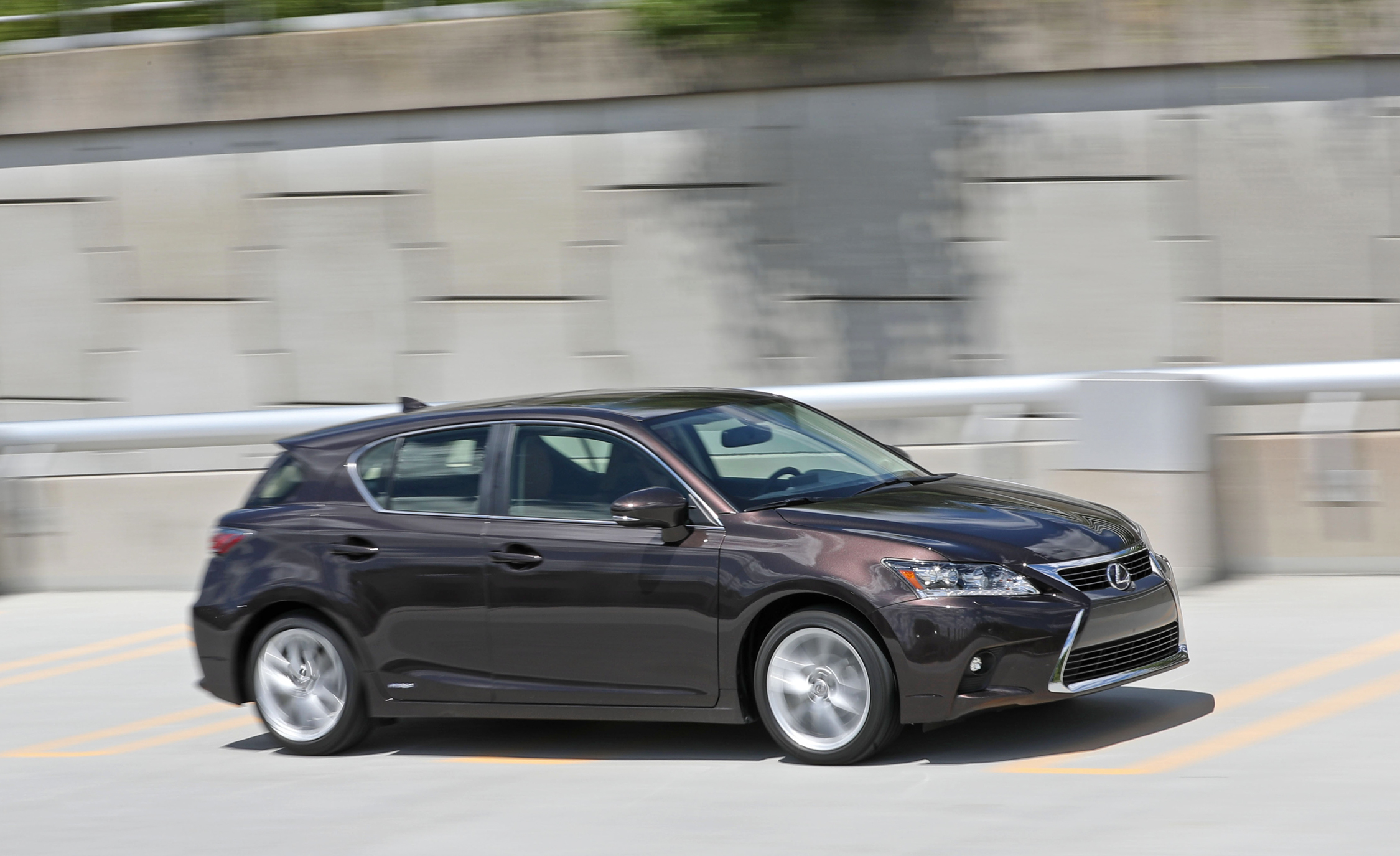 2016 Lexus CT200h (Photo 18 of 29)