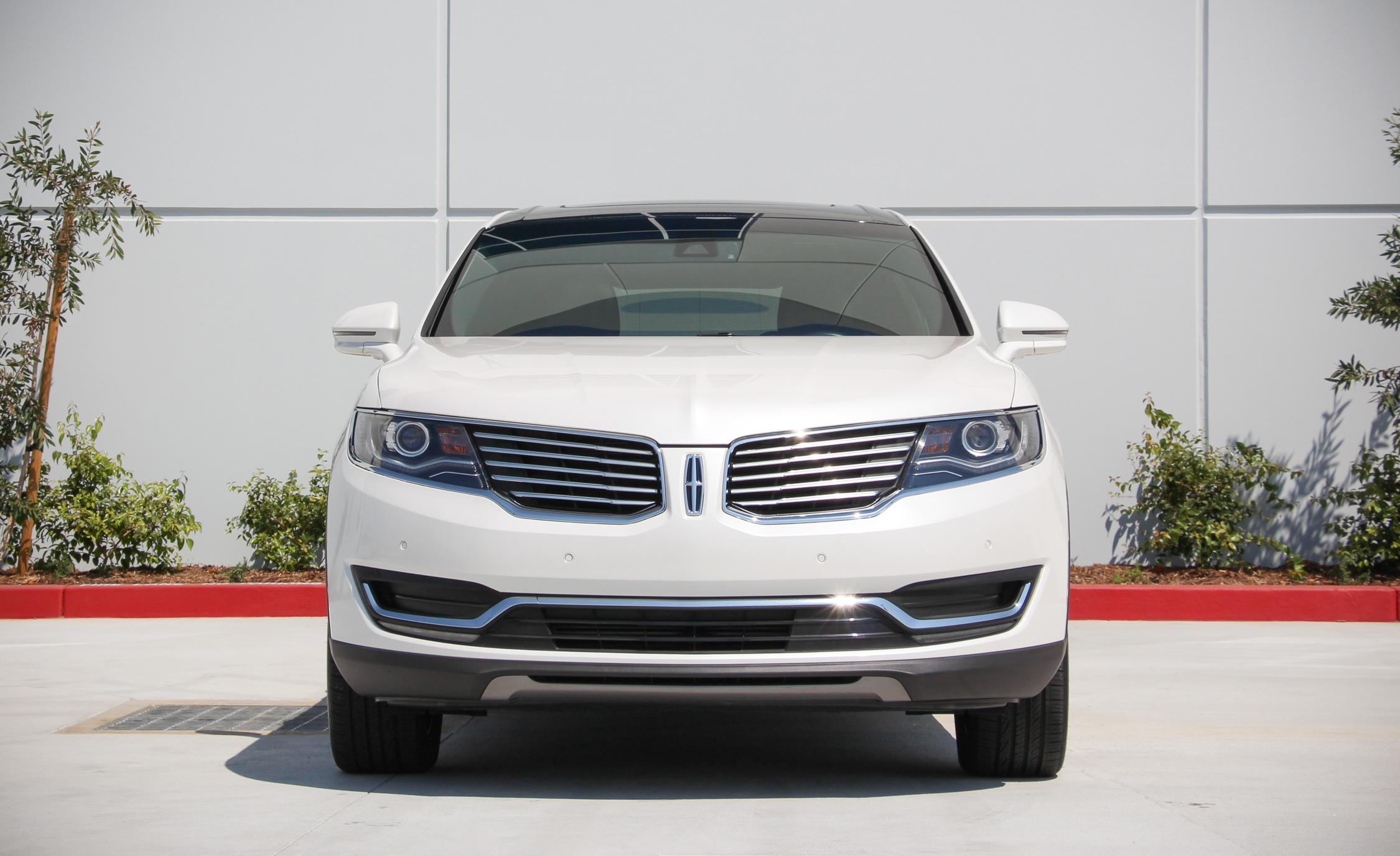 2016 Lincoln MKX (Photo 17 of 18)