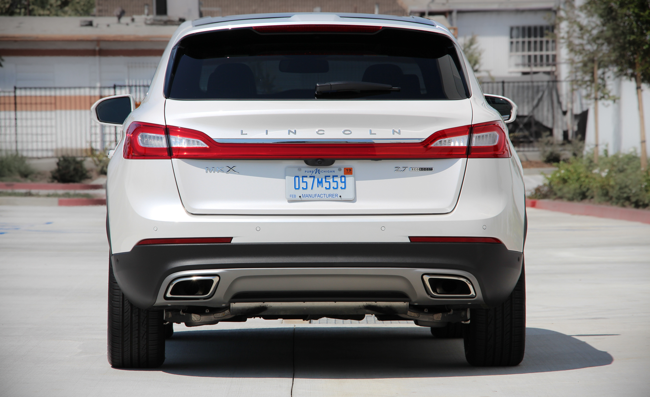 2016 Lincoln MKX (Photo 16 of 18)