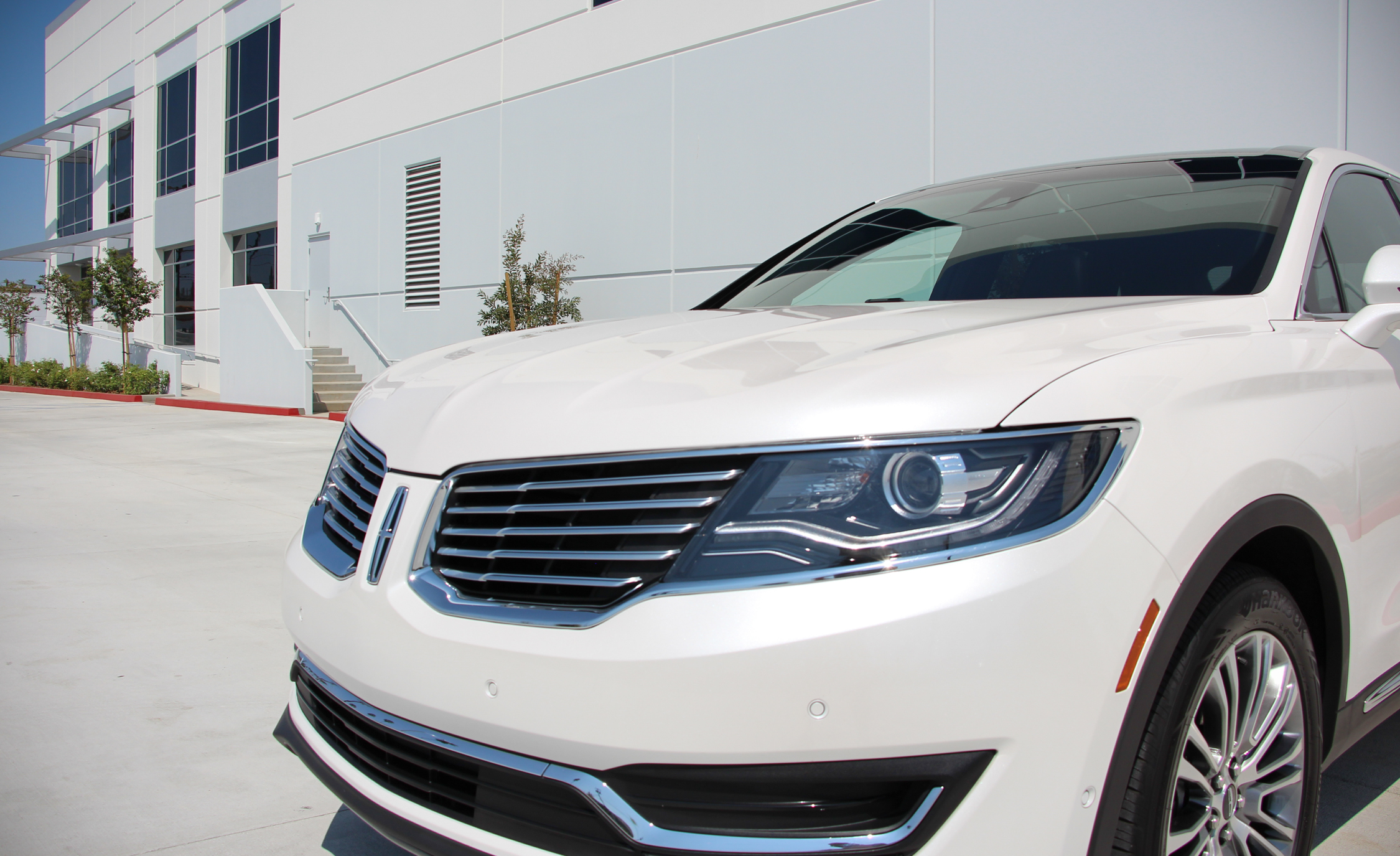2016 Lincoln MKX (Photo 13 of 18)