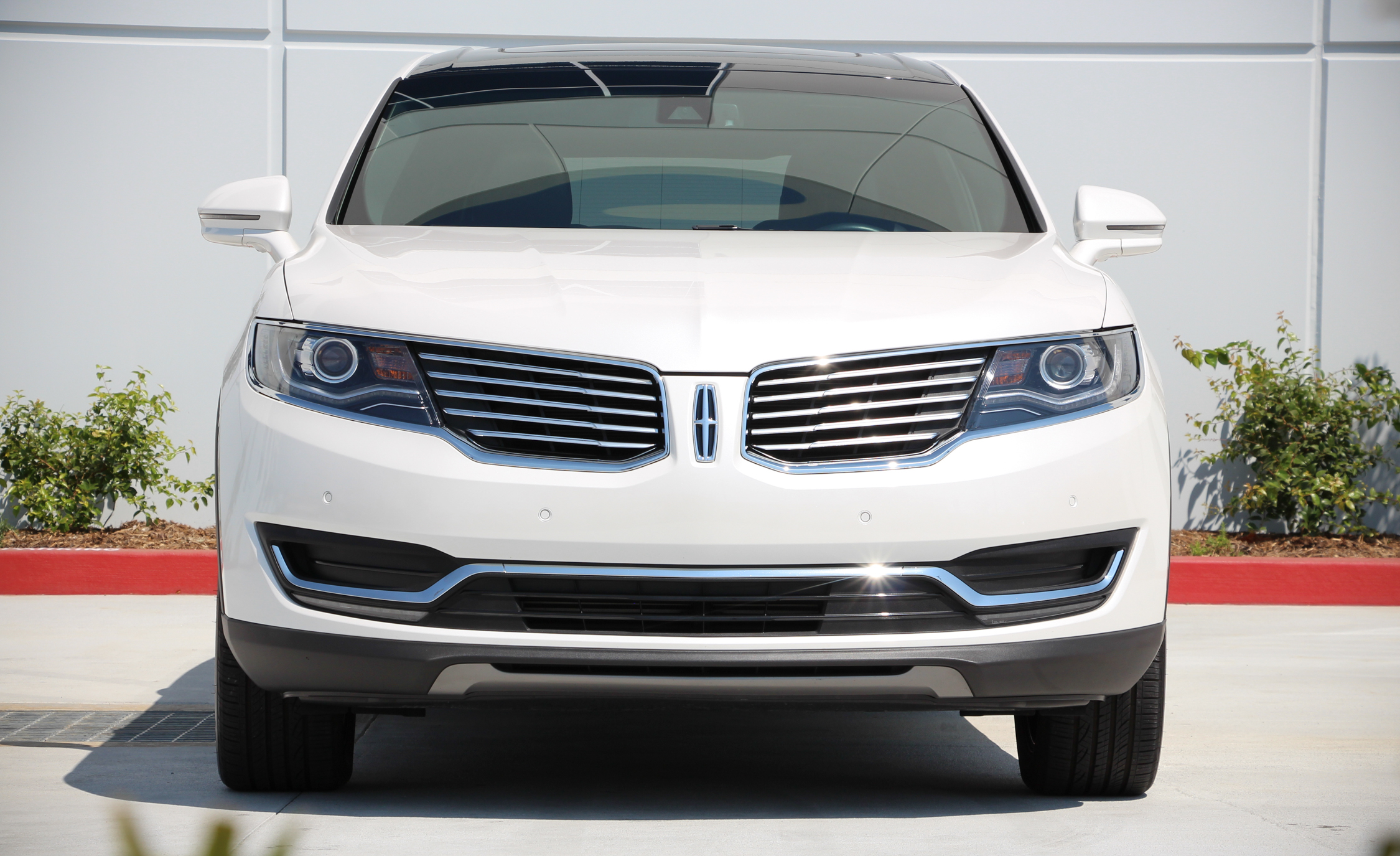 2016 Lincoln MKX (Photo 11 of 18)