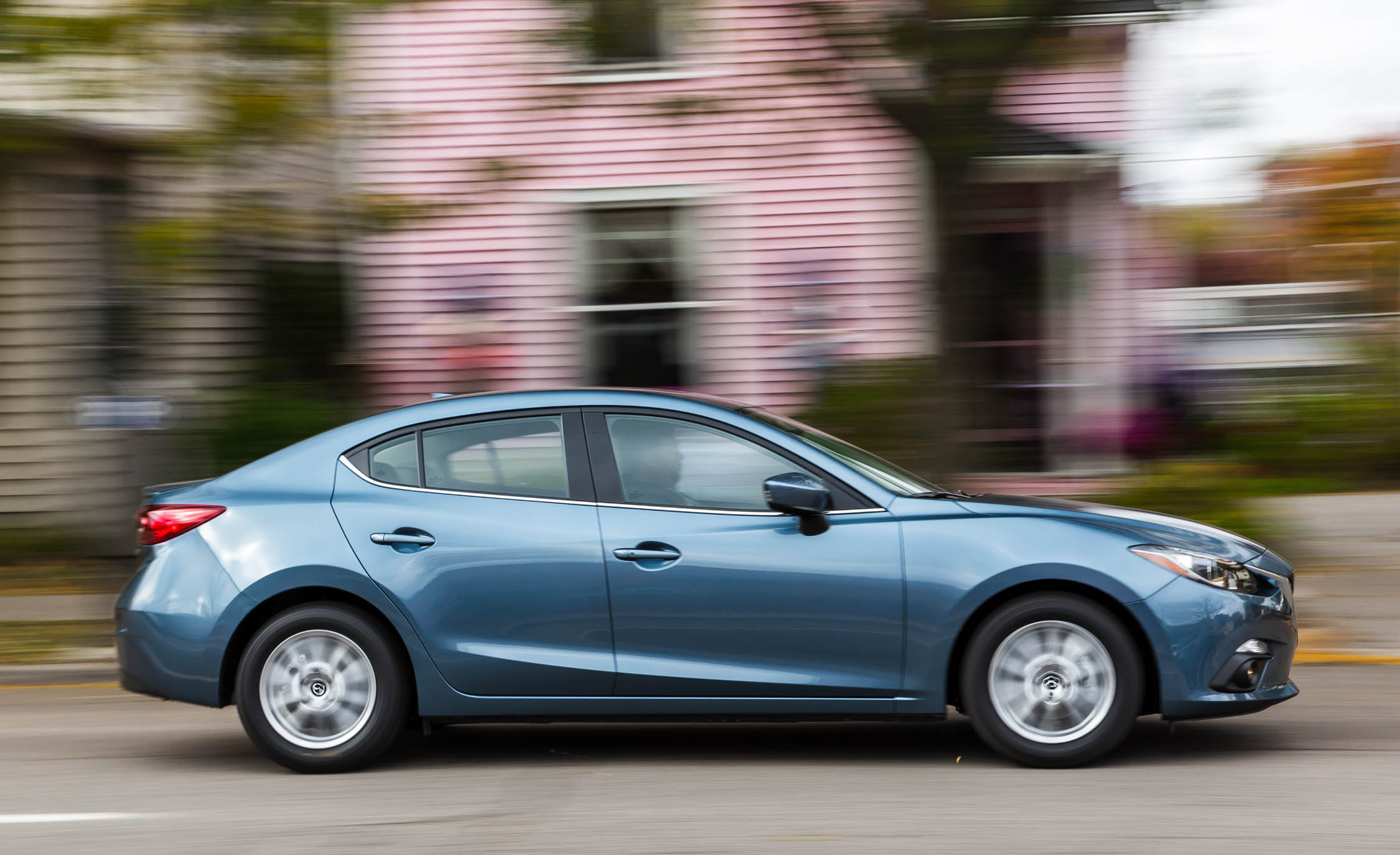 2016 Mazda 3 (View 4 of 22)