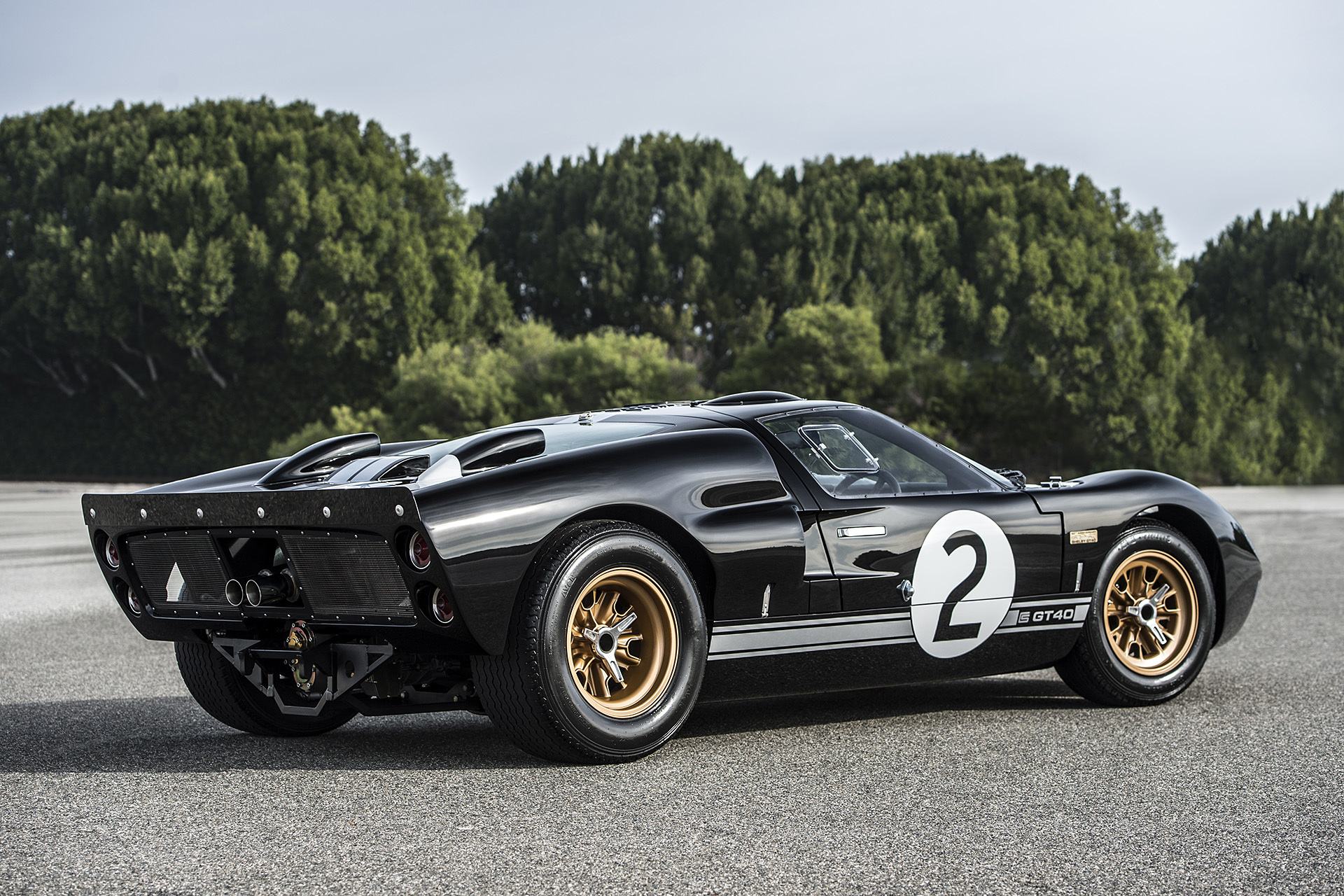 2016 Shelby GT40 MKII 50th Anniversary Edition (Photo 11 of 18)