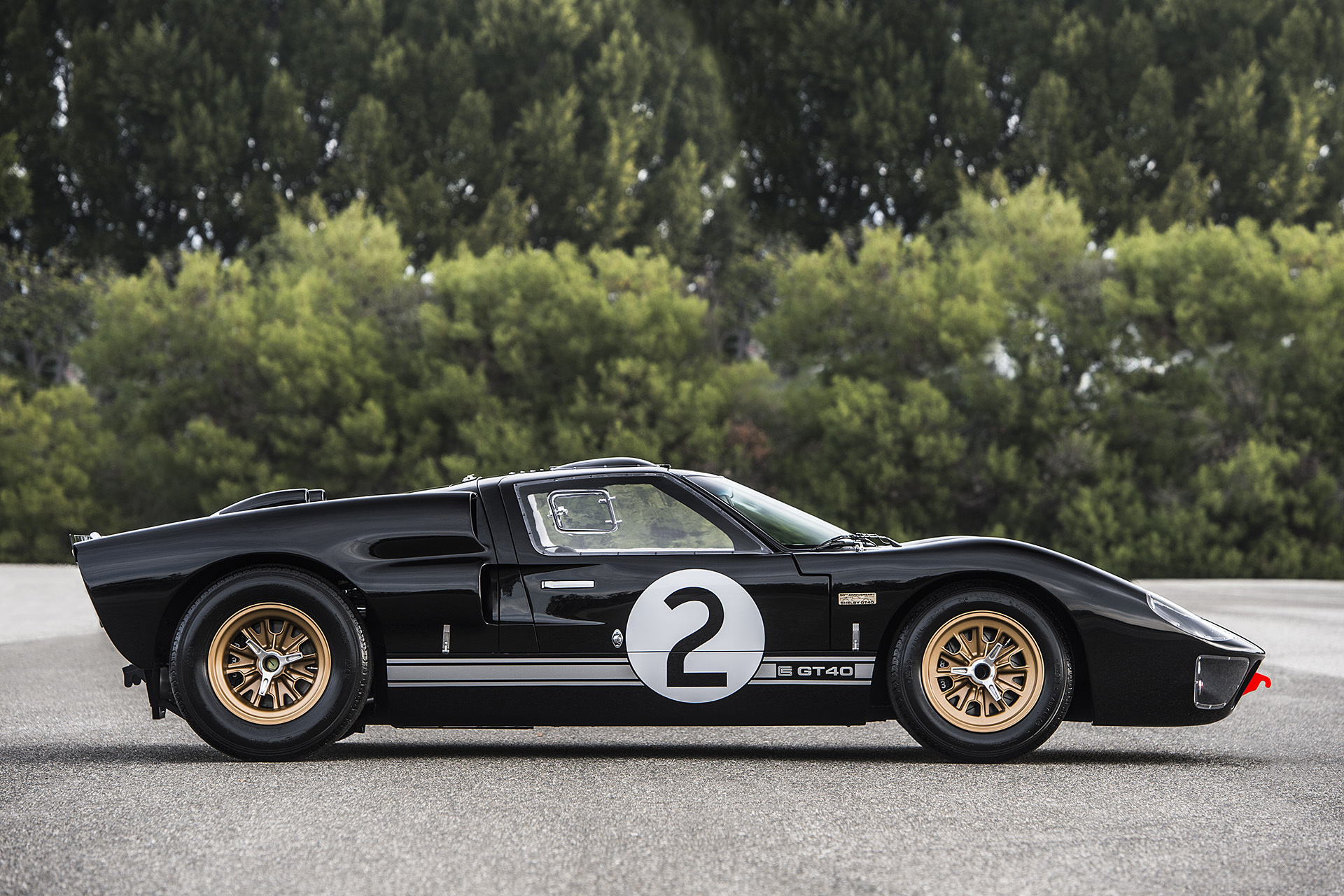 2016 Shelby GT40 MKII 50th Anniversary Edition (Photo 8 of 18)