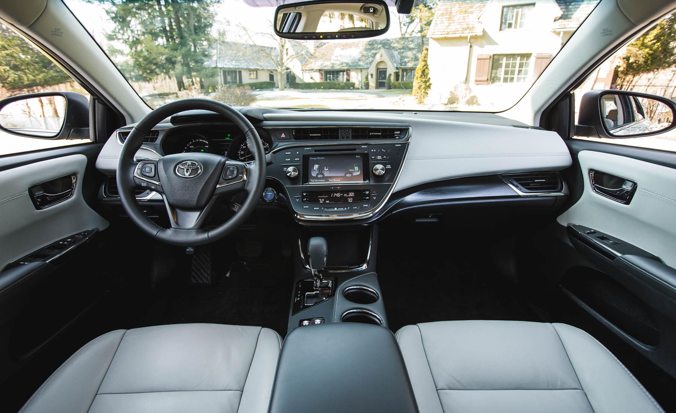 2016 Toyota Avalon Hybrid (View 15 of 24)
