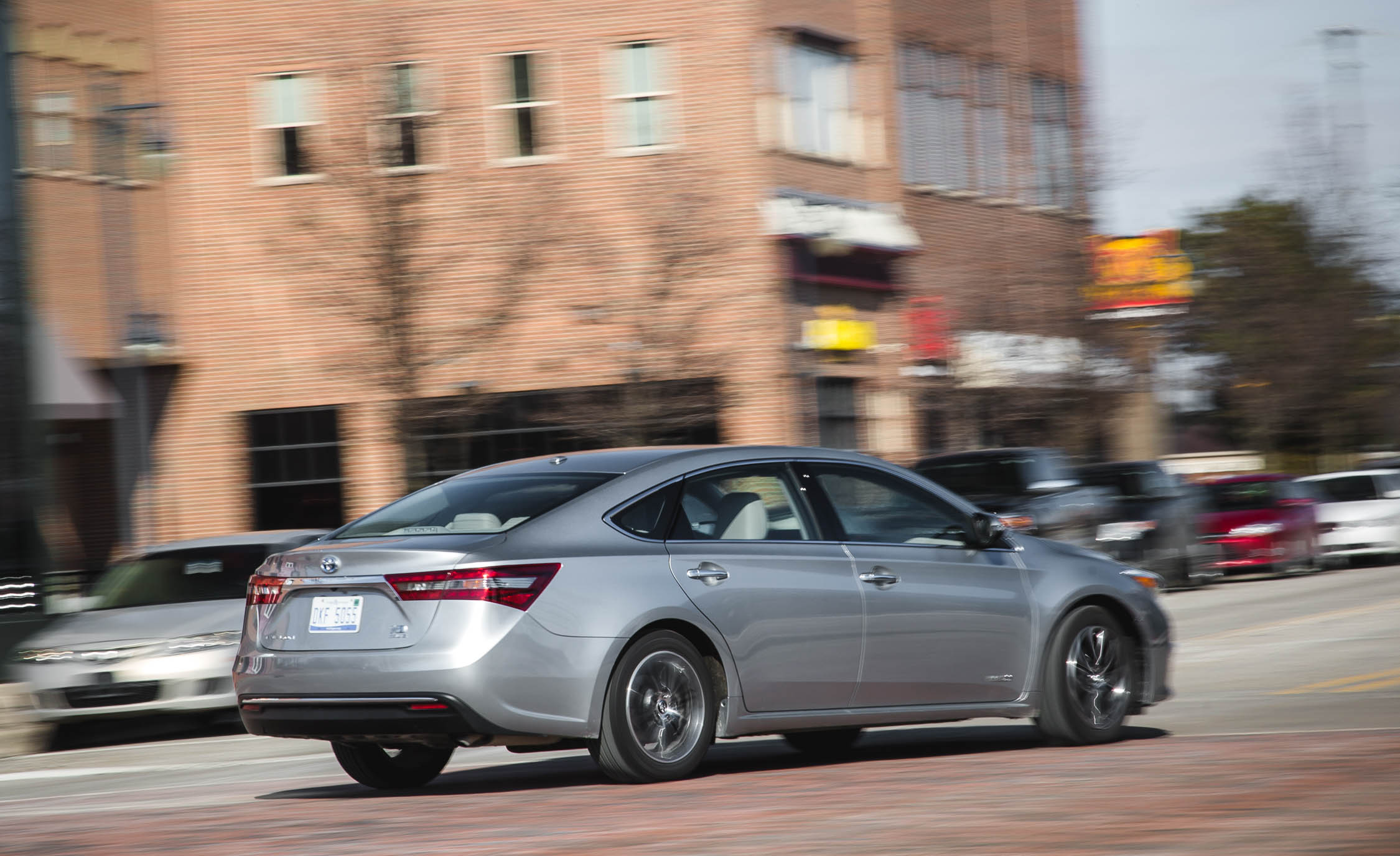 2016 Toyota Avalon Hybrid (View 19 of 24)