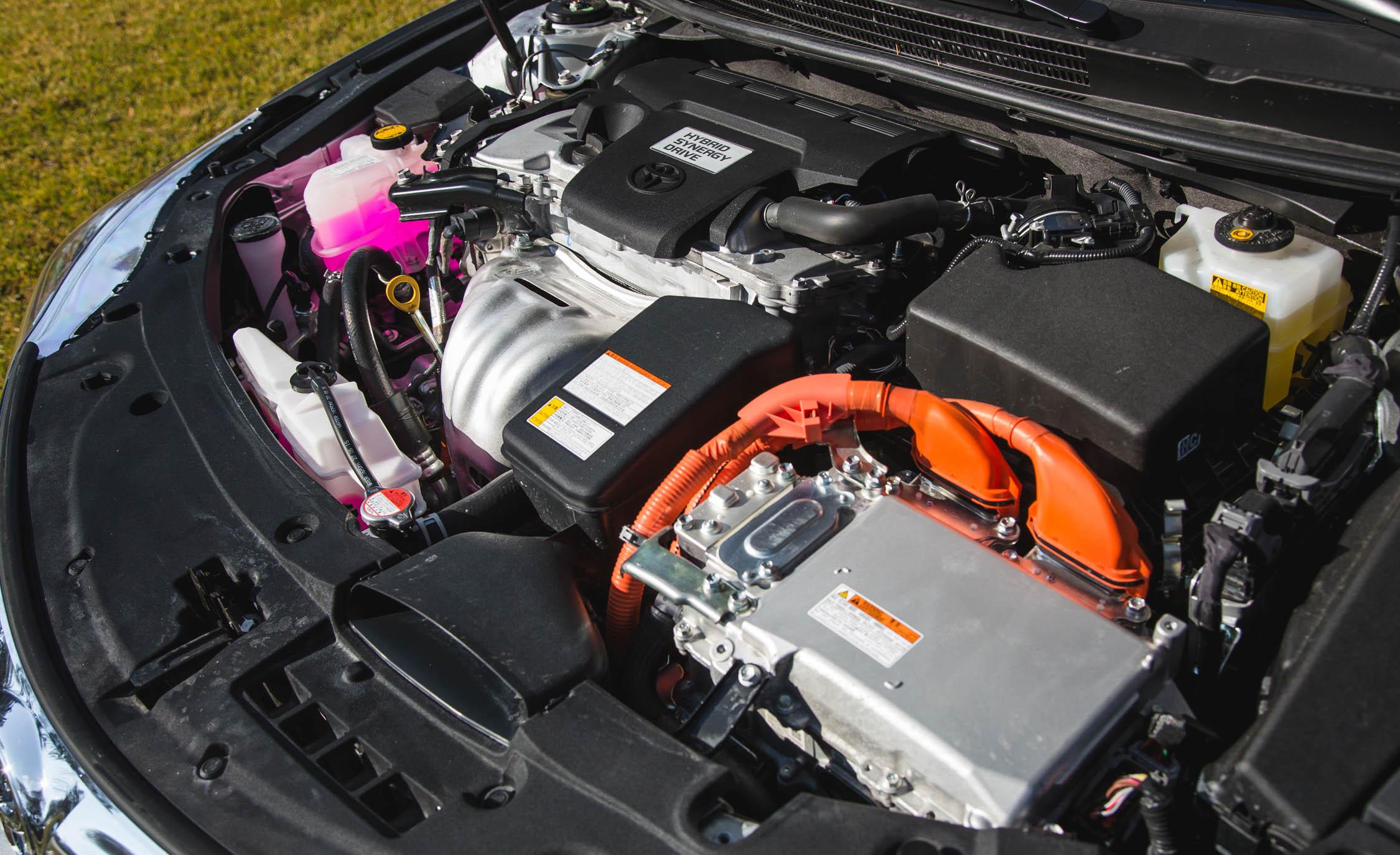 2016 Toyota Avalon Hybrid (View 23 of 24)