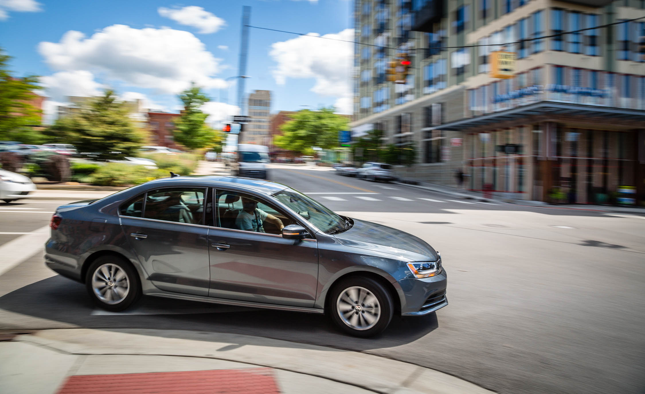 2016 Volkswagen Jetta (Photo 6 of 16)