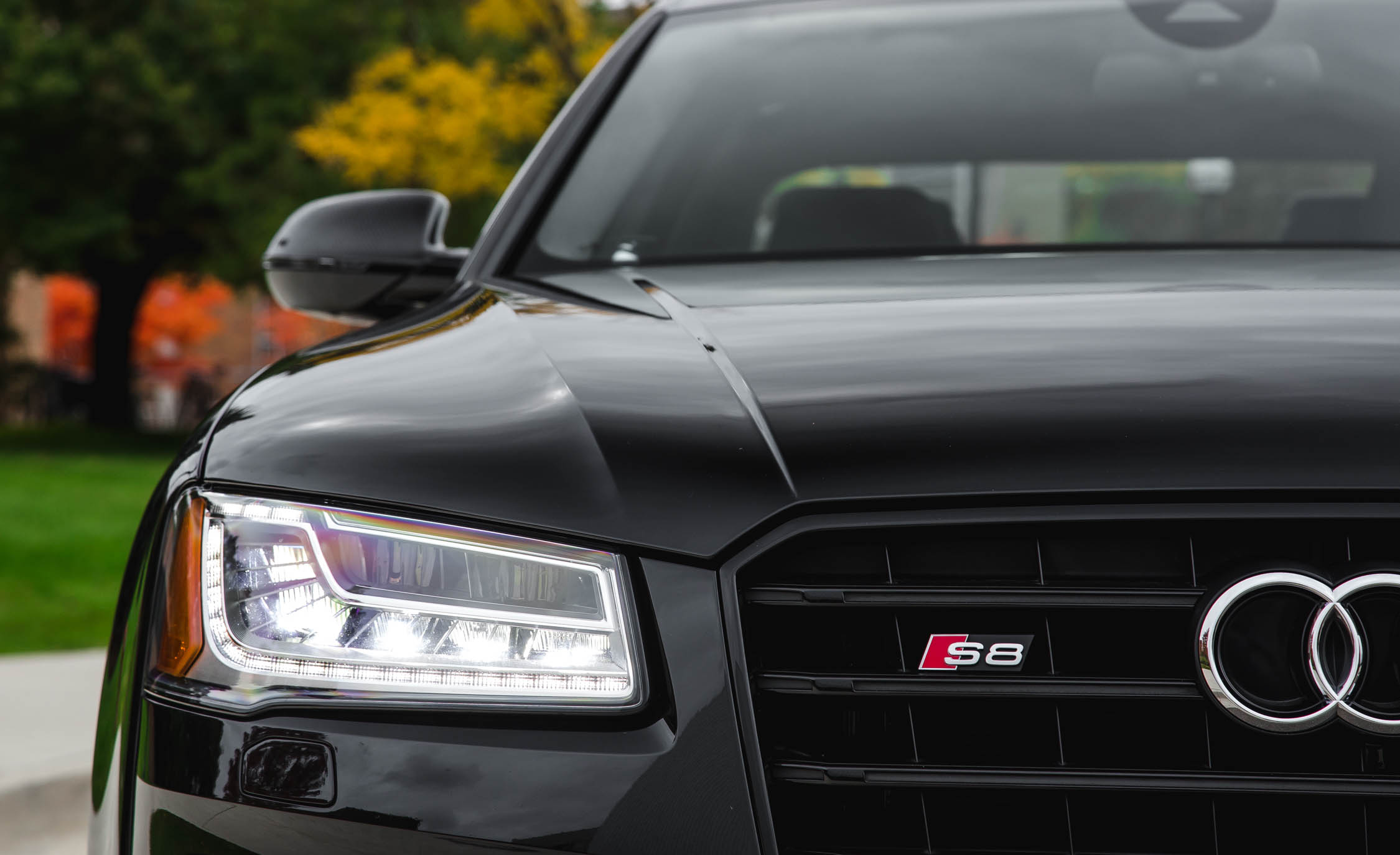 2017 Audi S8 Plus Exterior View Headlight (Photo 8 of 36)