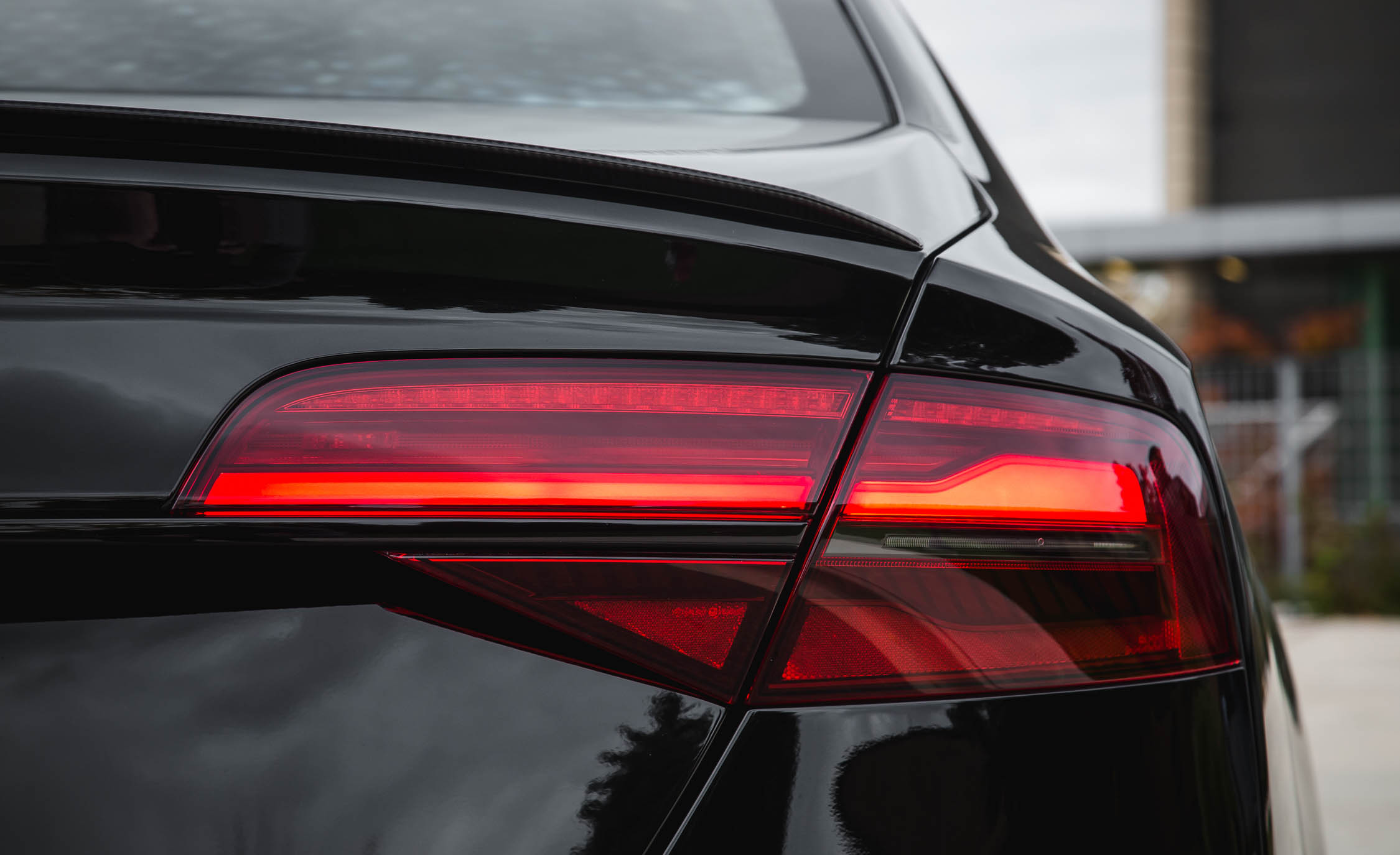 2017 Audi S8 Plus Exterior View Taillight (Photo 31 of 36)