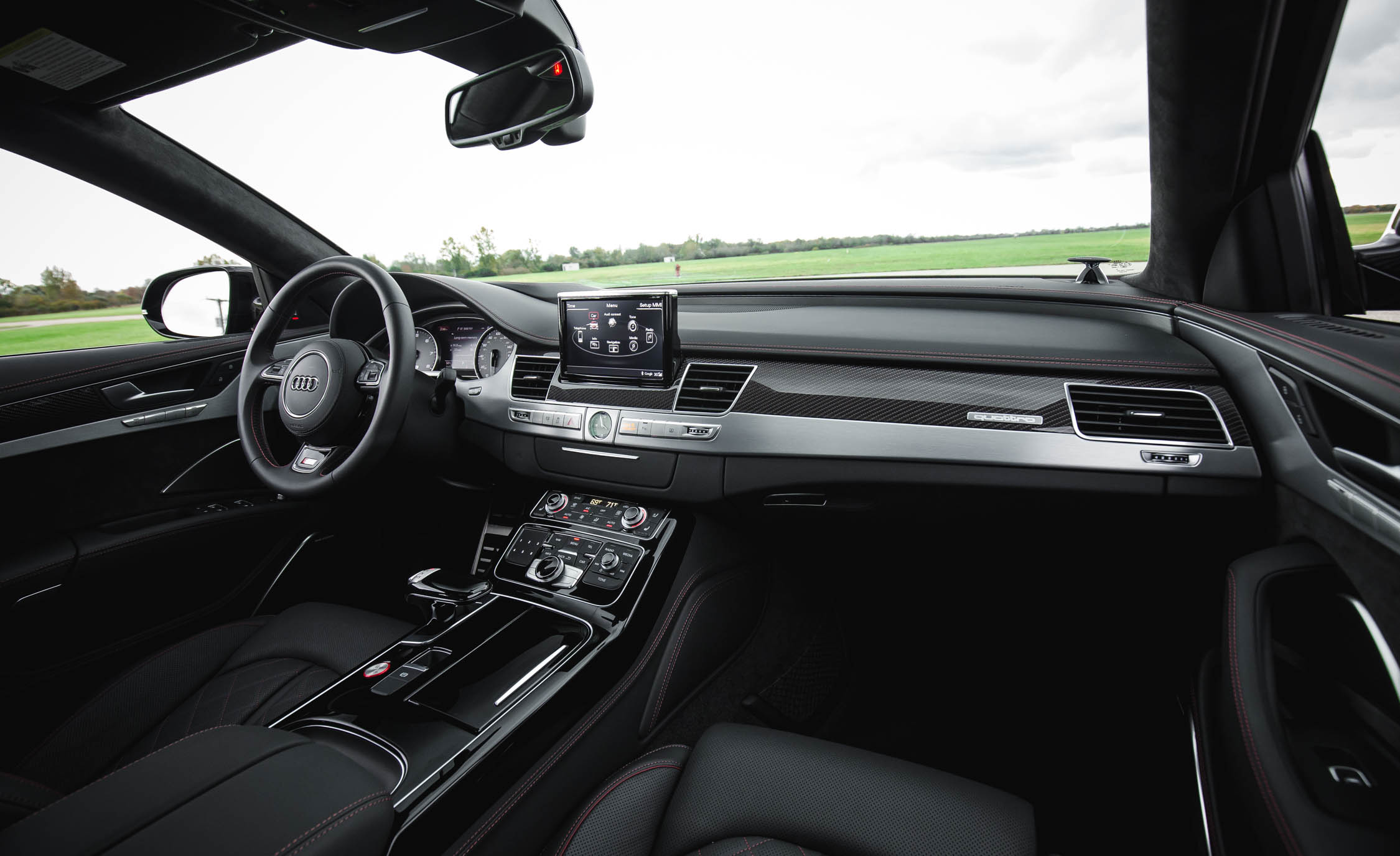 2017 Audi S8 Plus Interior Dash (Photo 15 of 36)