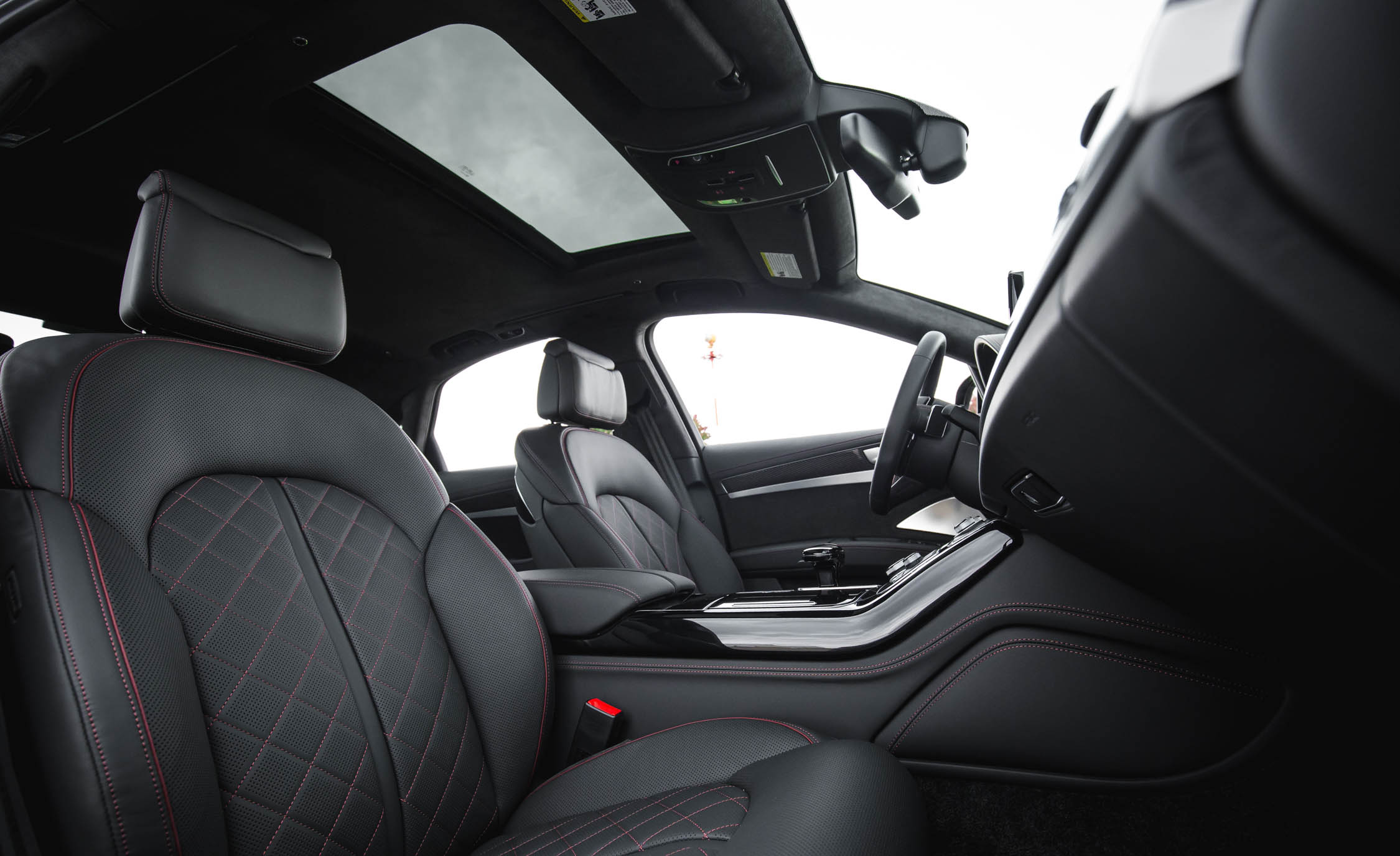 2017 Audi S8 Plus Interior Seats Front (Photo 17 of 36)