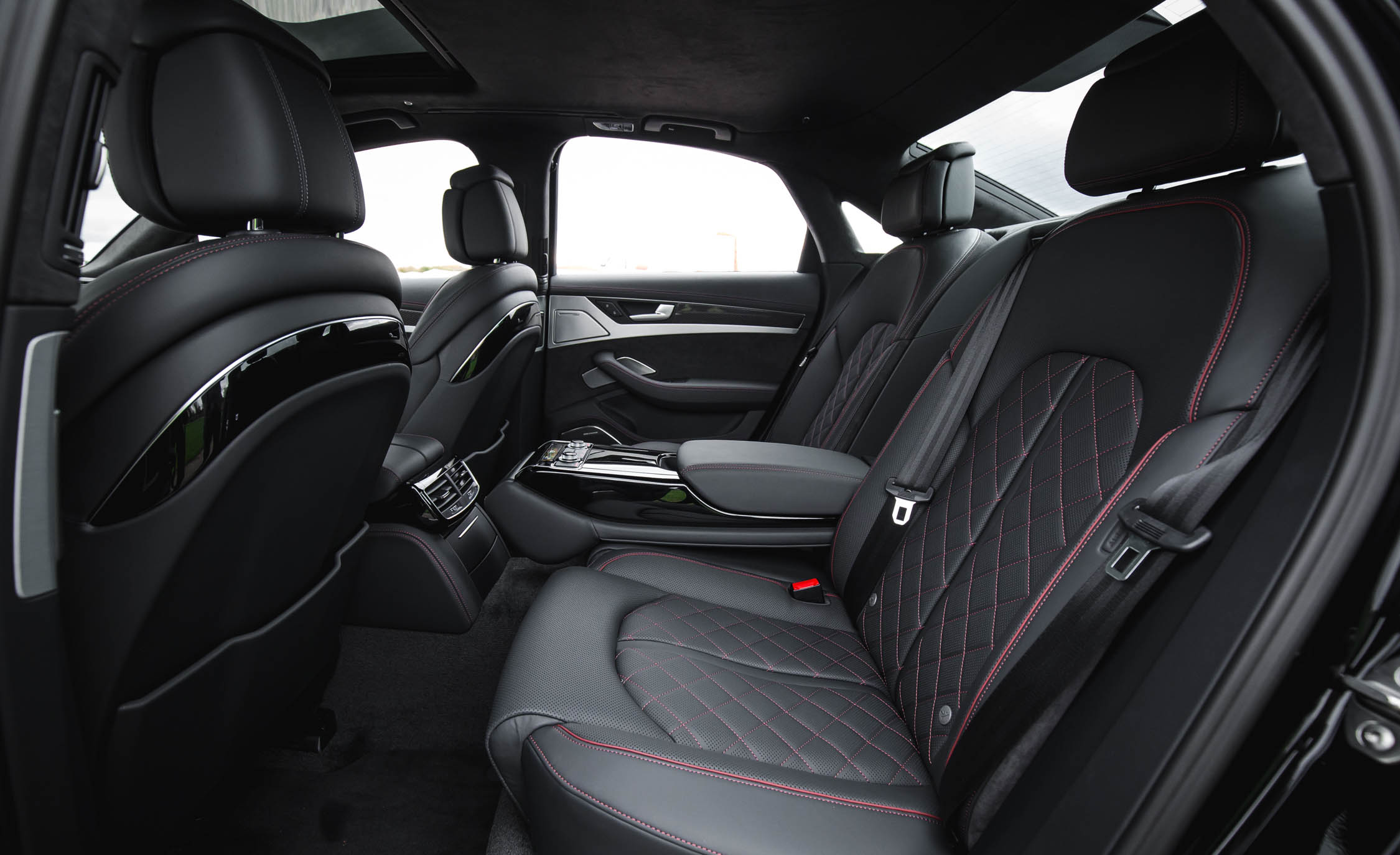 2017 Audi S8 Plus Interior Seats Rear Passenger (Photo 20 of 36)